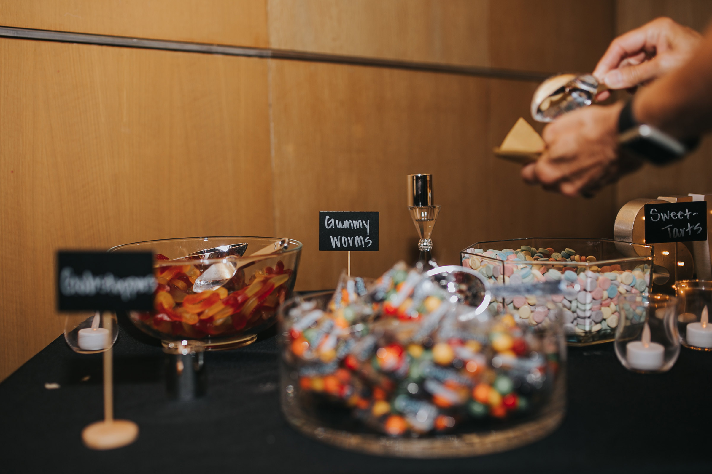 candy-bar-desmoines-iowa-art-center-raelyn-ramey-photography.jpg