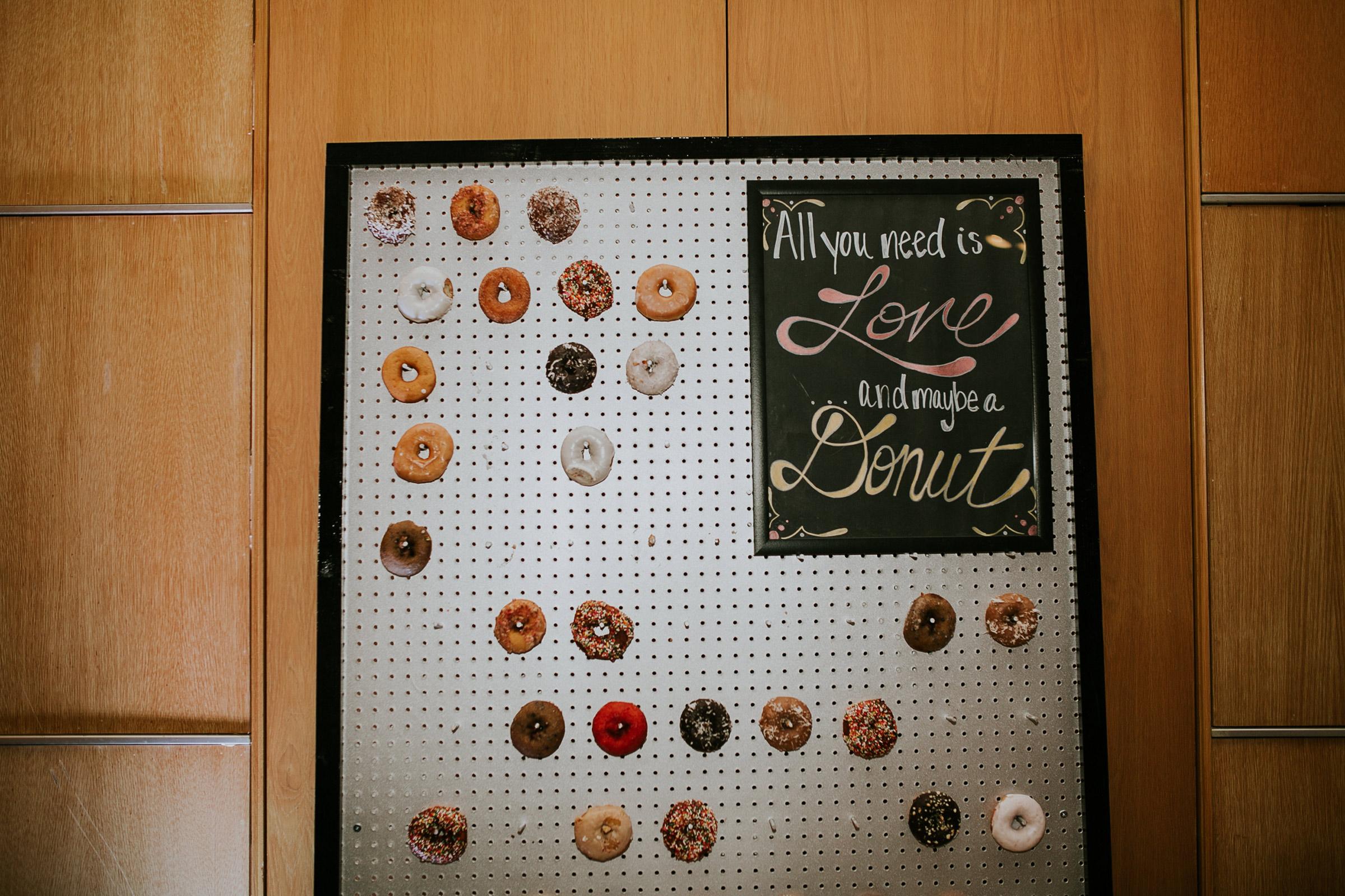 donut-display-desmoines-iowa-art-center-raelyn-ramey-photography.jpg