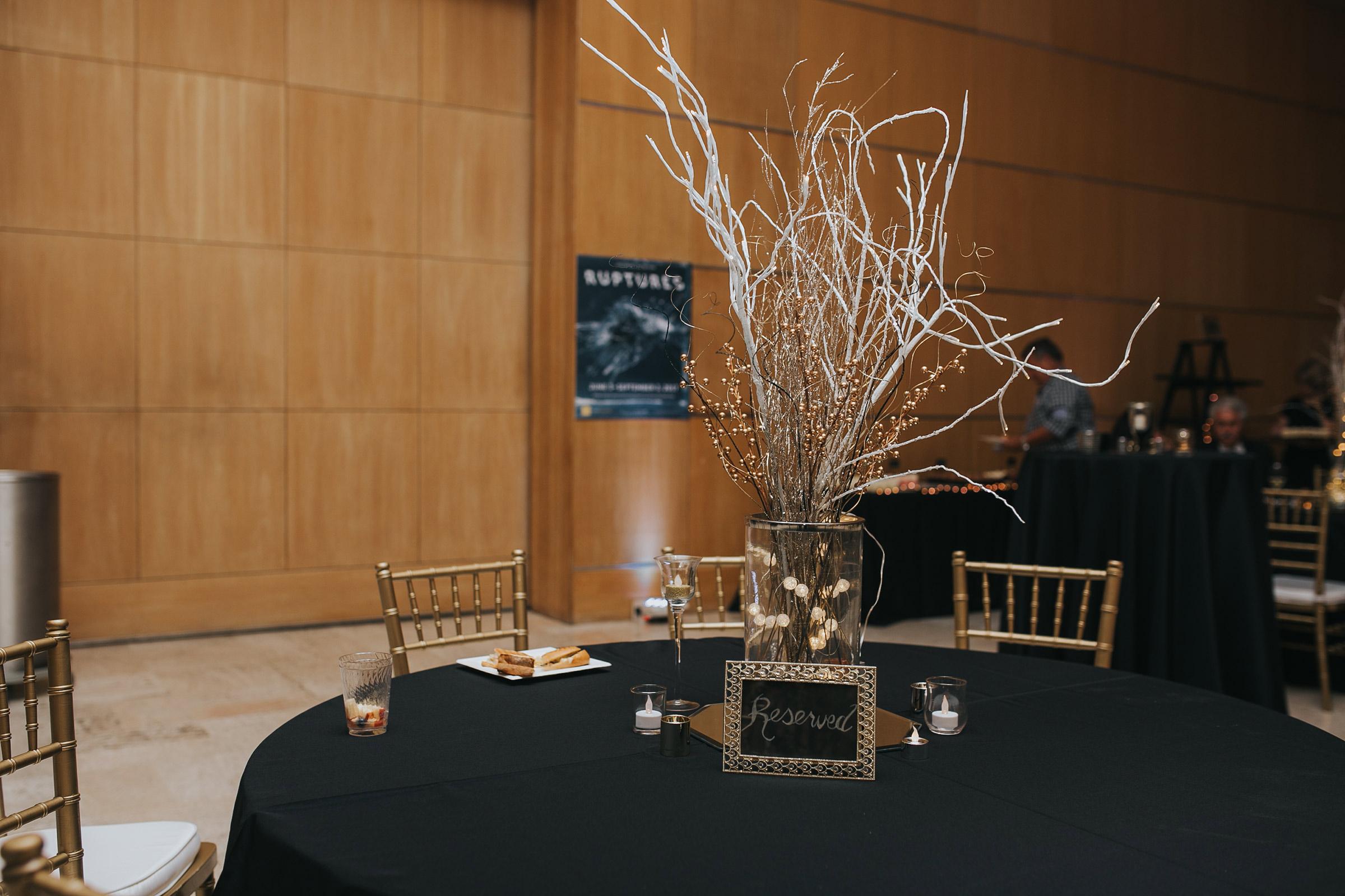 reserved-table-decor-desmoines-iowa-art-center-raelyn-ramey-photography.jpg