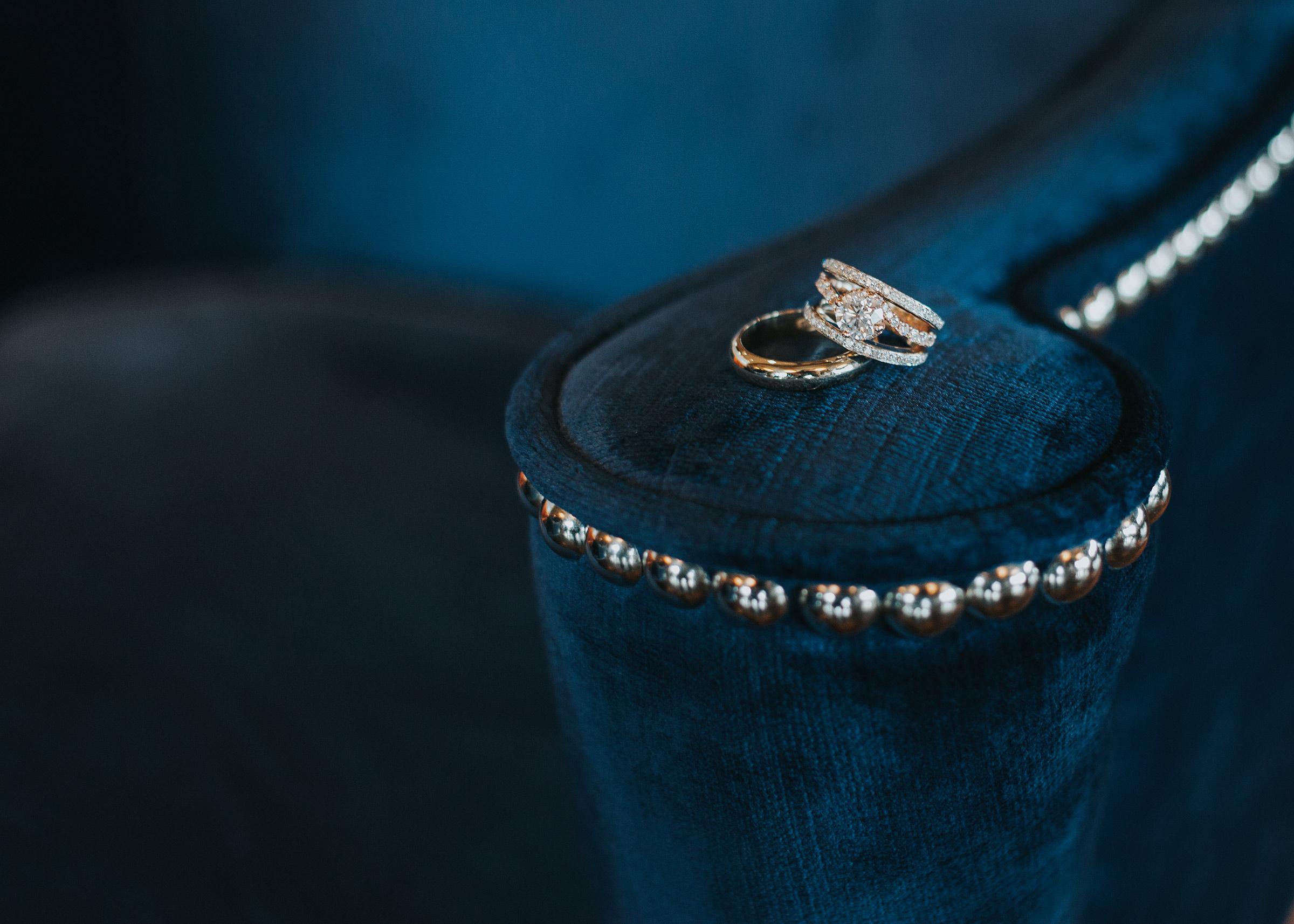 wedding-rings-detail-shot-desmoines-iowa-ac-hotel-raelyn-ramey-photography.jpg