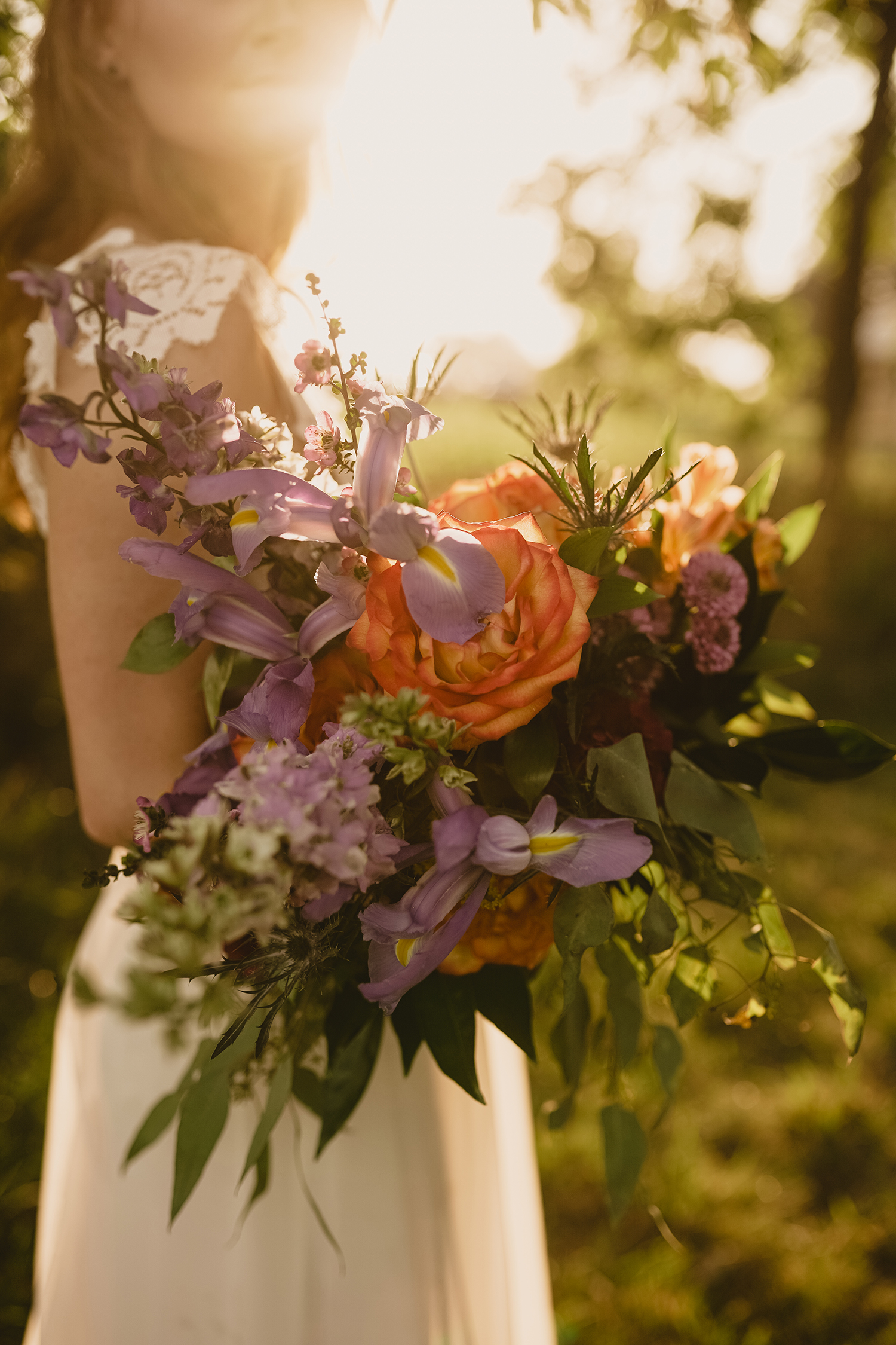 close-up-bouquet-myrtle-mae-iris-aisle-dame-maiden-lavender-blue-floral-raelyn-ramey-photography.jpg