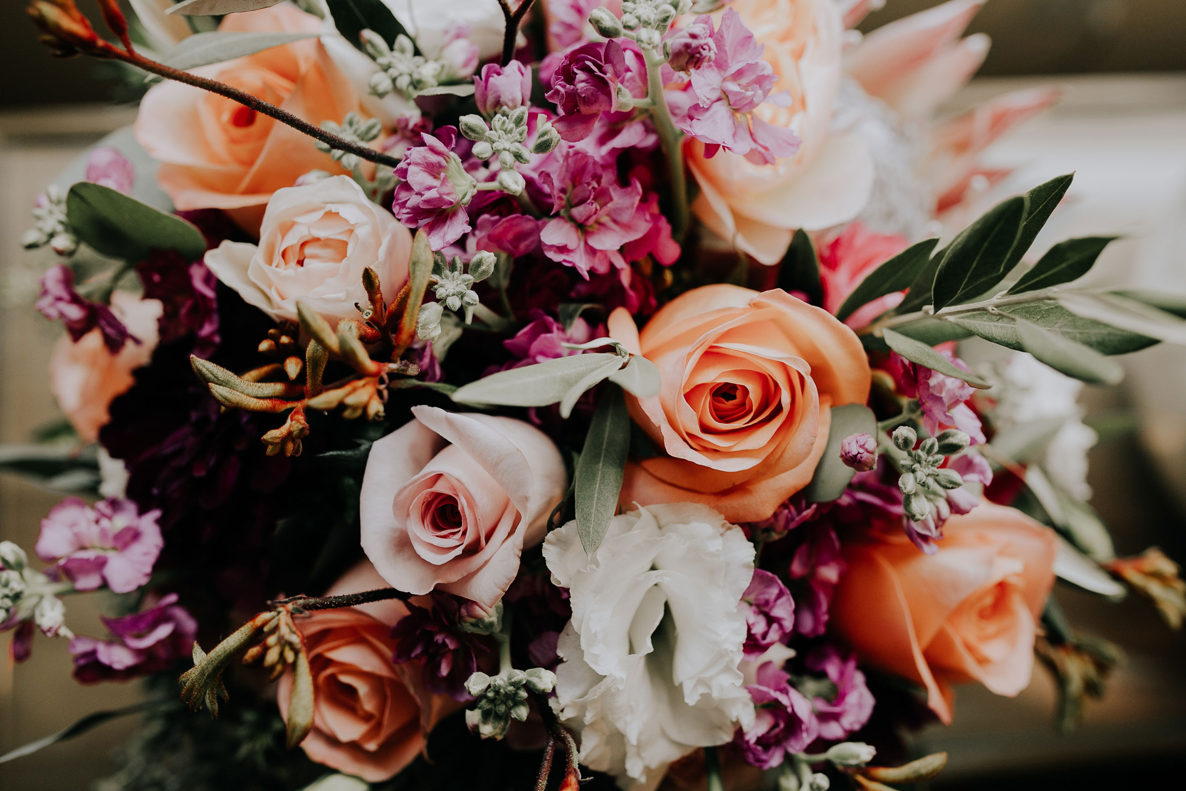 bridal-bouquet-hilton-omaha-nebraska-raelyn-ramey-photography.jpg