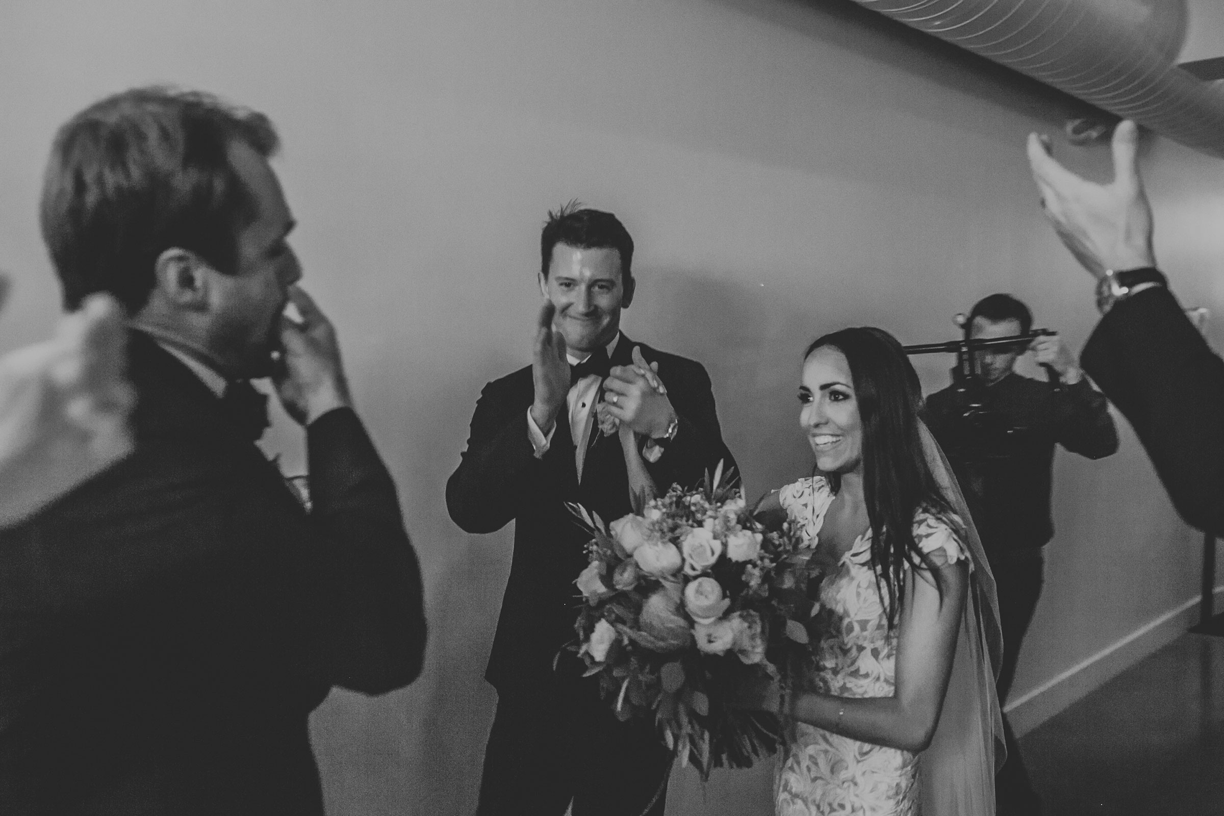 wedding-couple-grand-enterance-founders-one-nine-omaha-nebraska-raelyn-ramey-photography.jpg