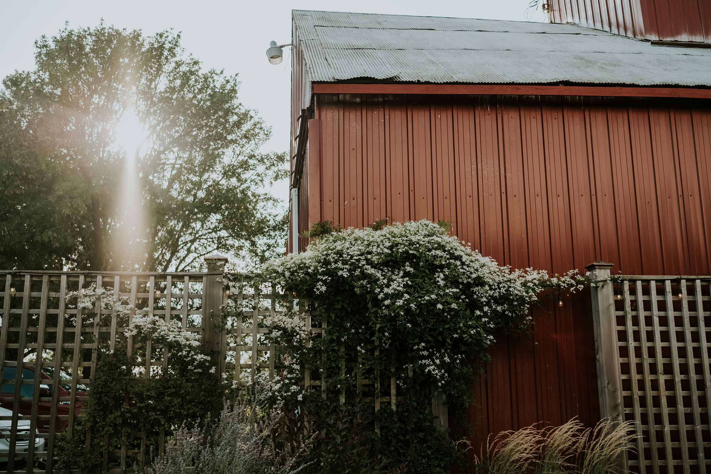 keller-brick-barn-iowa-raelyn-ramey-photography.jpg
