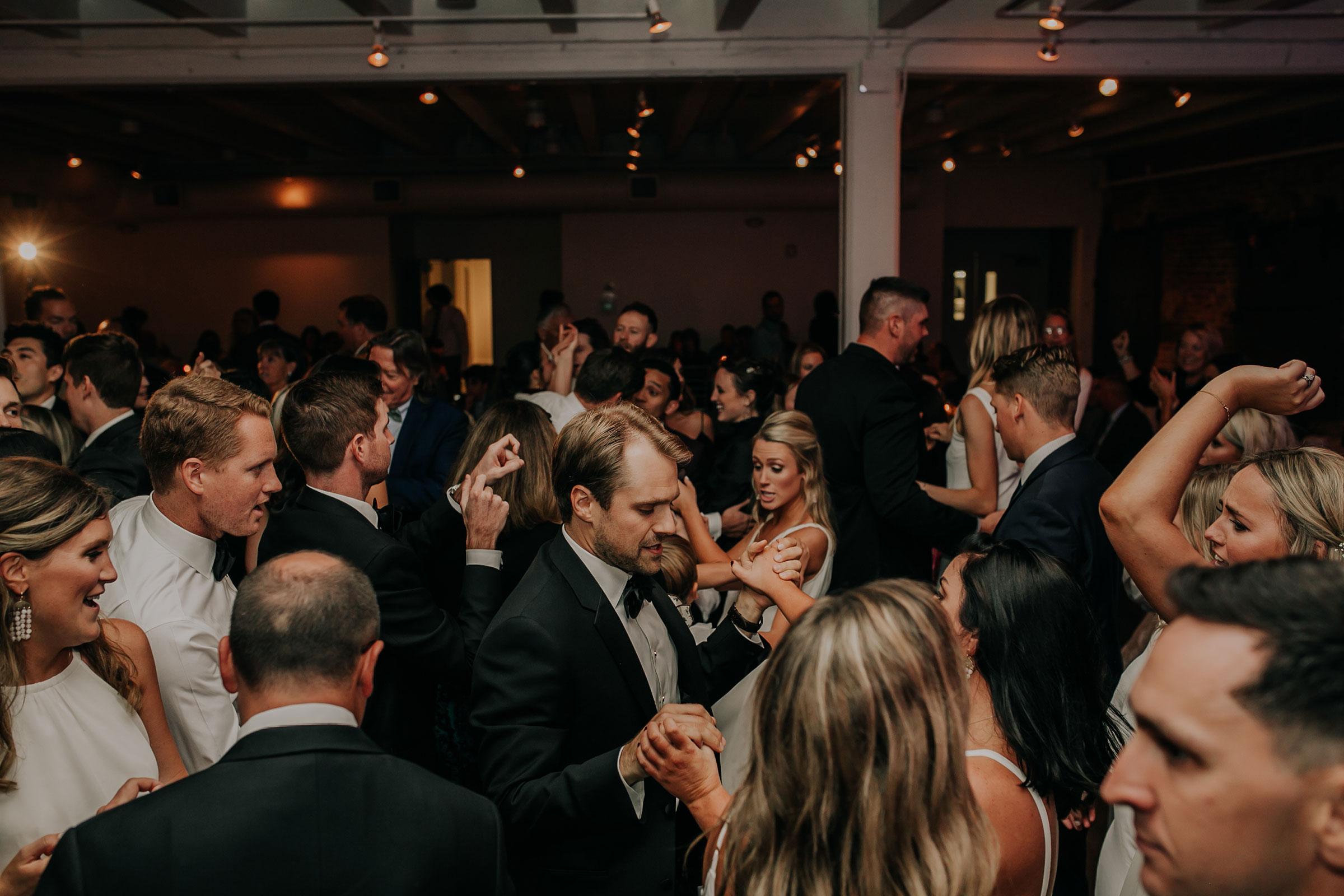 founders-one-nine-reception-dancing-omaha-nebraska-raelyn-ramey-photography.jpg