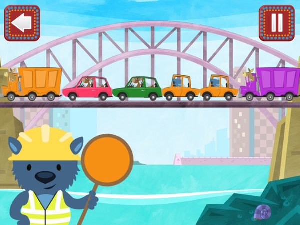 Pacca Alpaca helps you raise trilingual children by offering nine mini games in five different languages.
