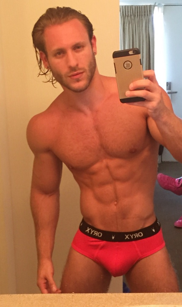 Anthony Forte in the Oryx Basic Brief