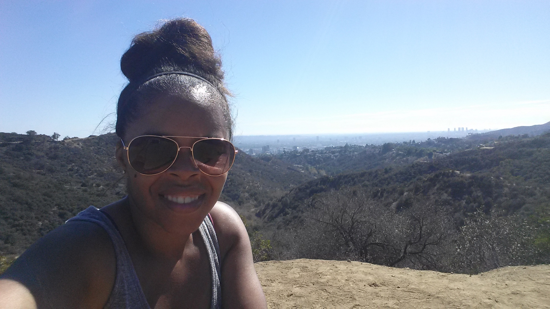 A HOT hike behind the Hollywood sign where I got sunburned. Worth it