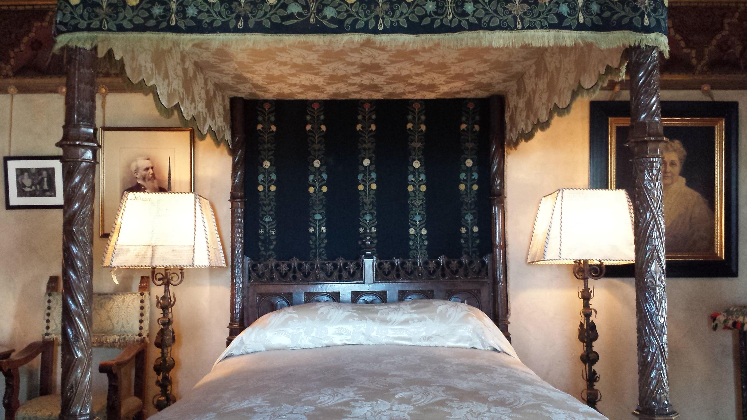 Hearst's bedroom