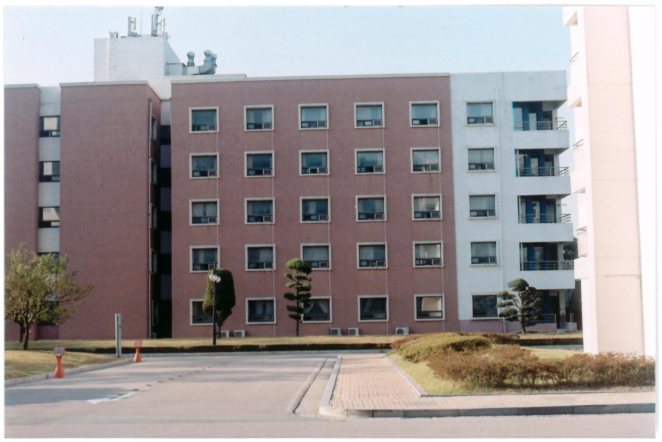 buildingside.jpg