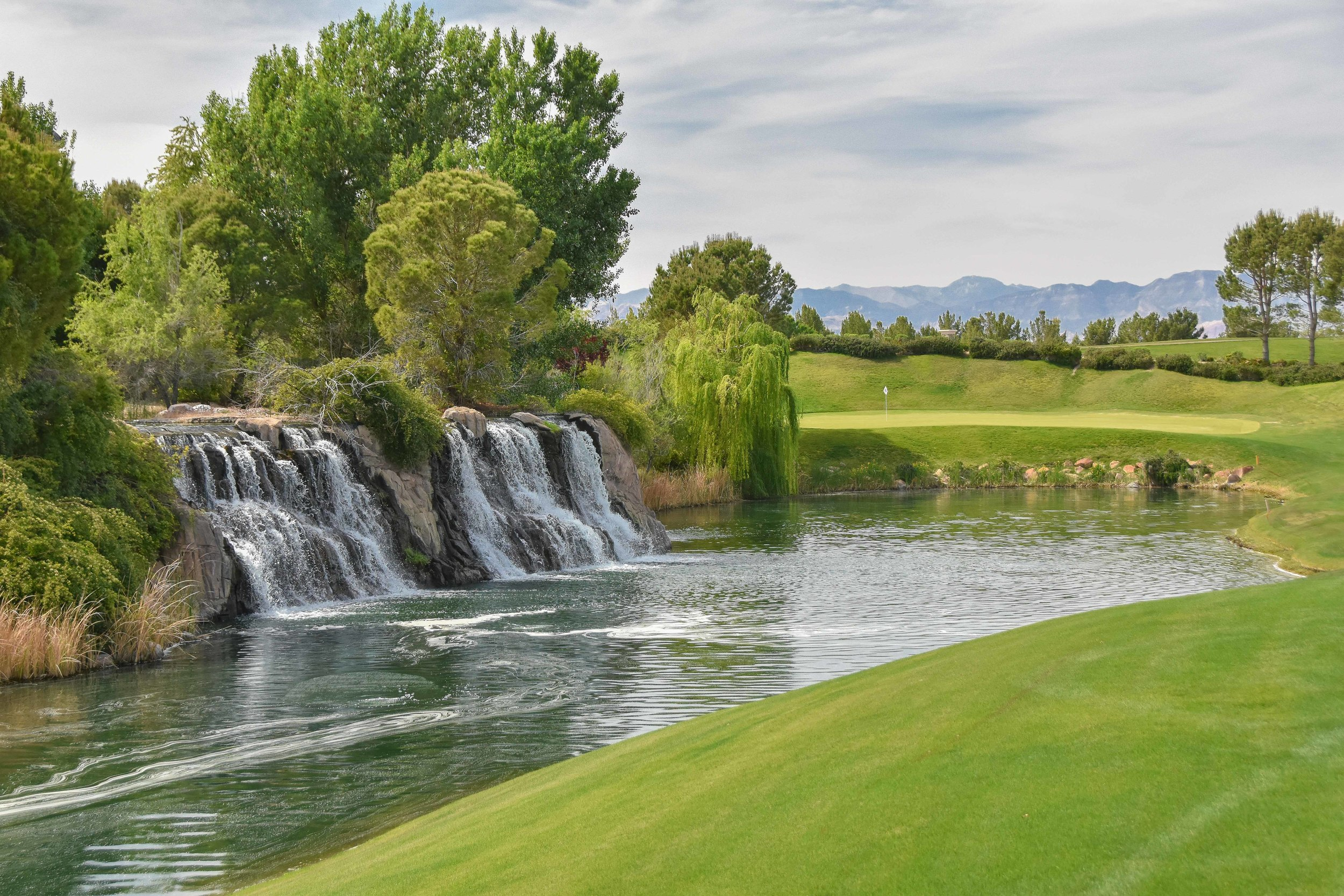 The par 5 9th at Southern Highlands.