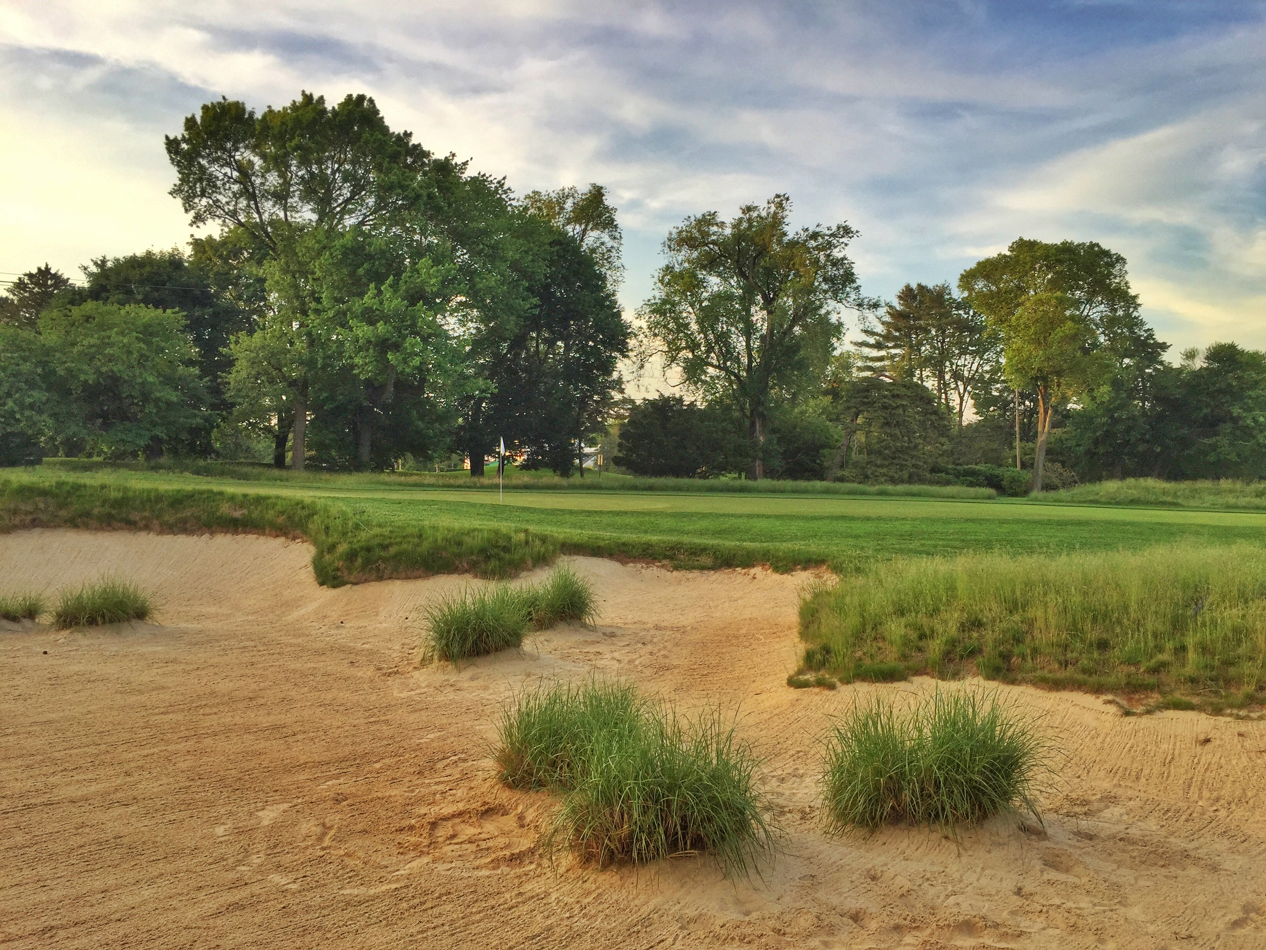 A quick preview stroll of Merion's 10th hole.
