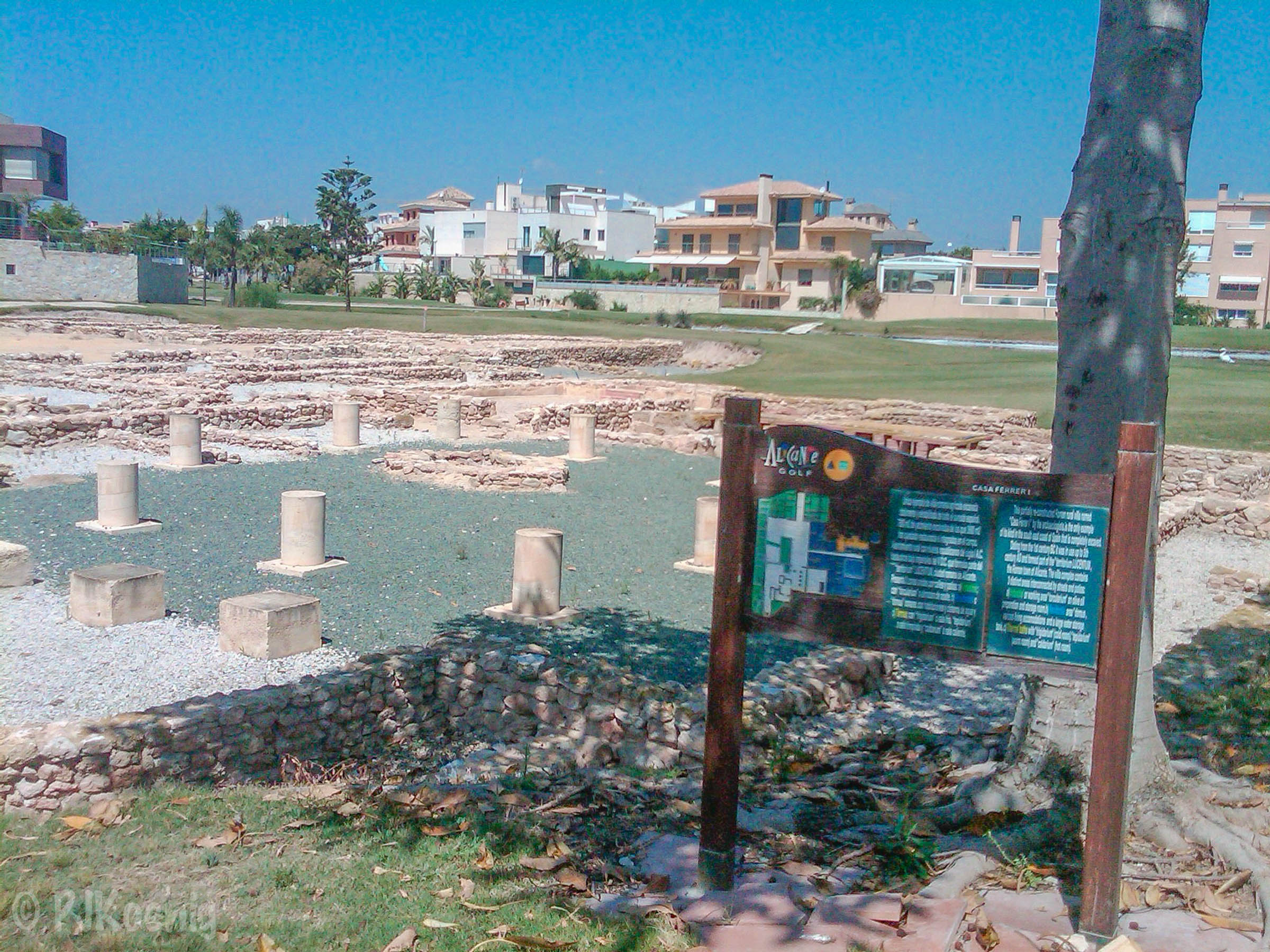 The ruins of a Roman villa from the 1st century BC at Alicante Golf