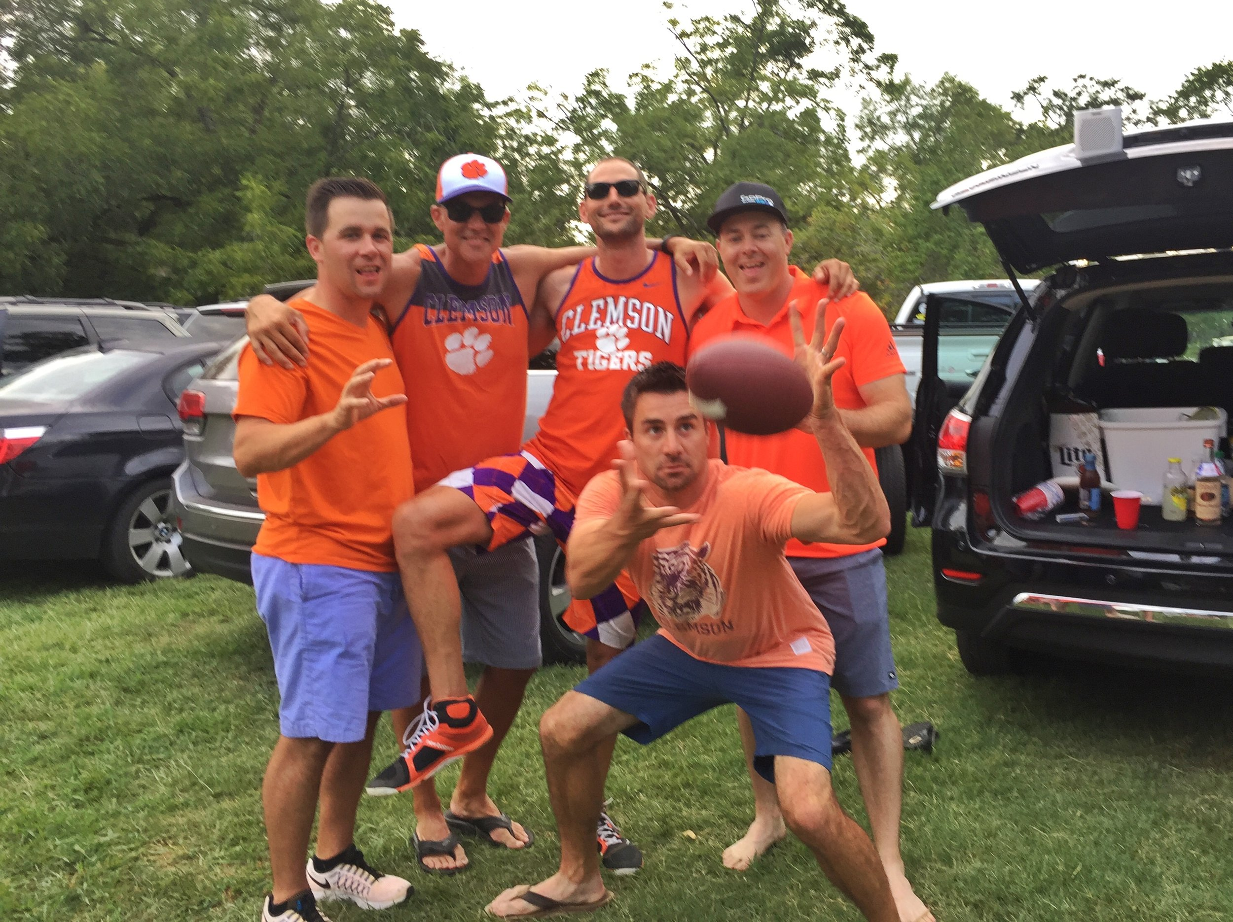 A stong tailgate scene unfolds at Auburn. University
