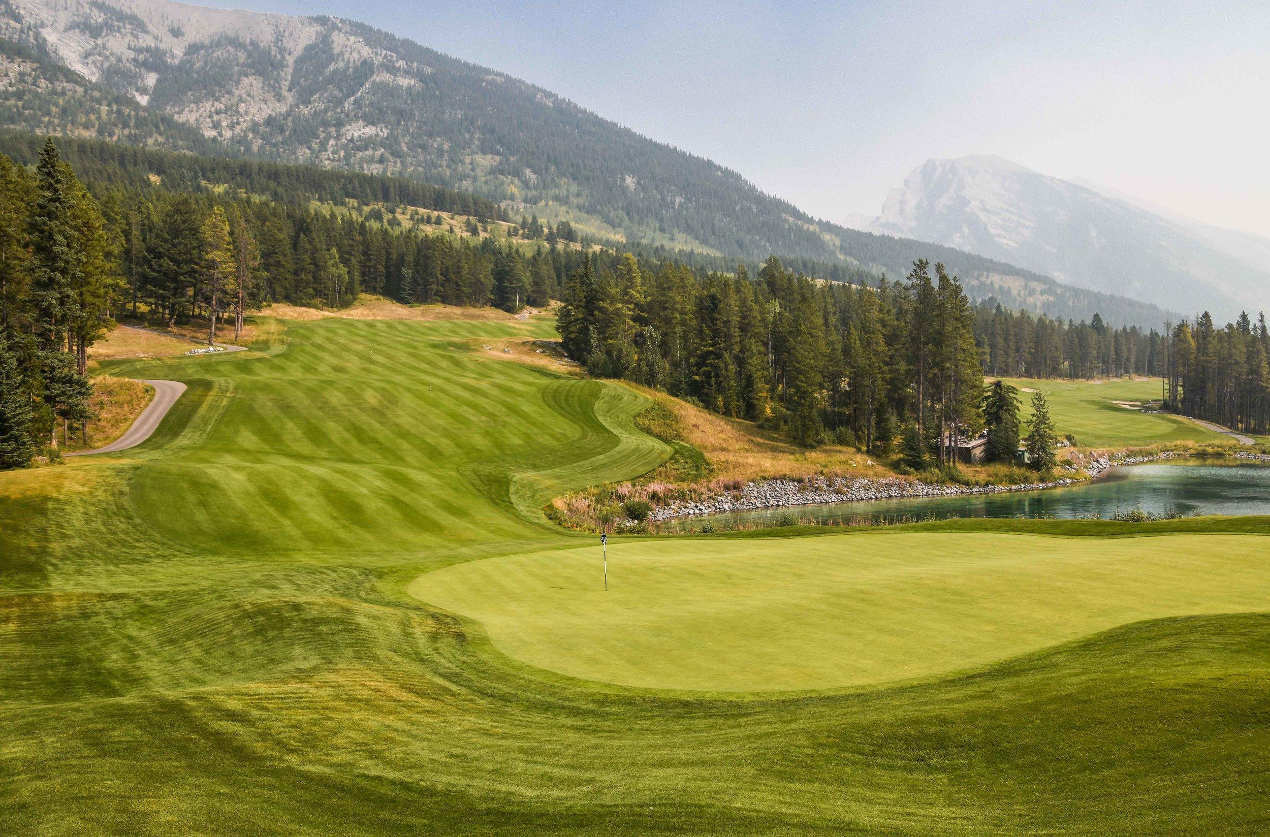 Silvertip Golf Club1-18.jpg