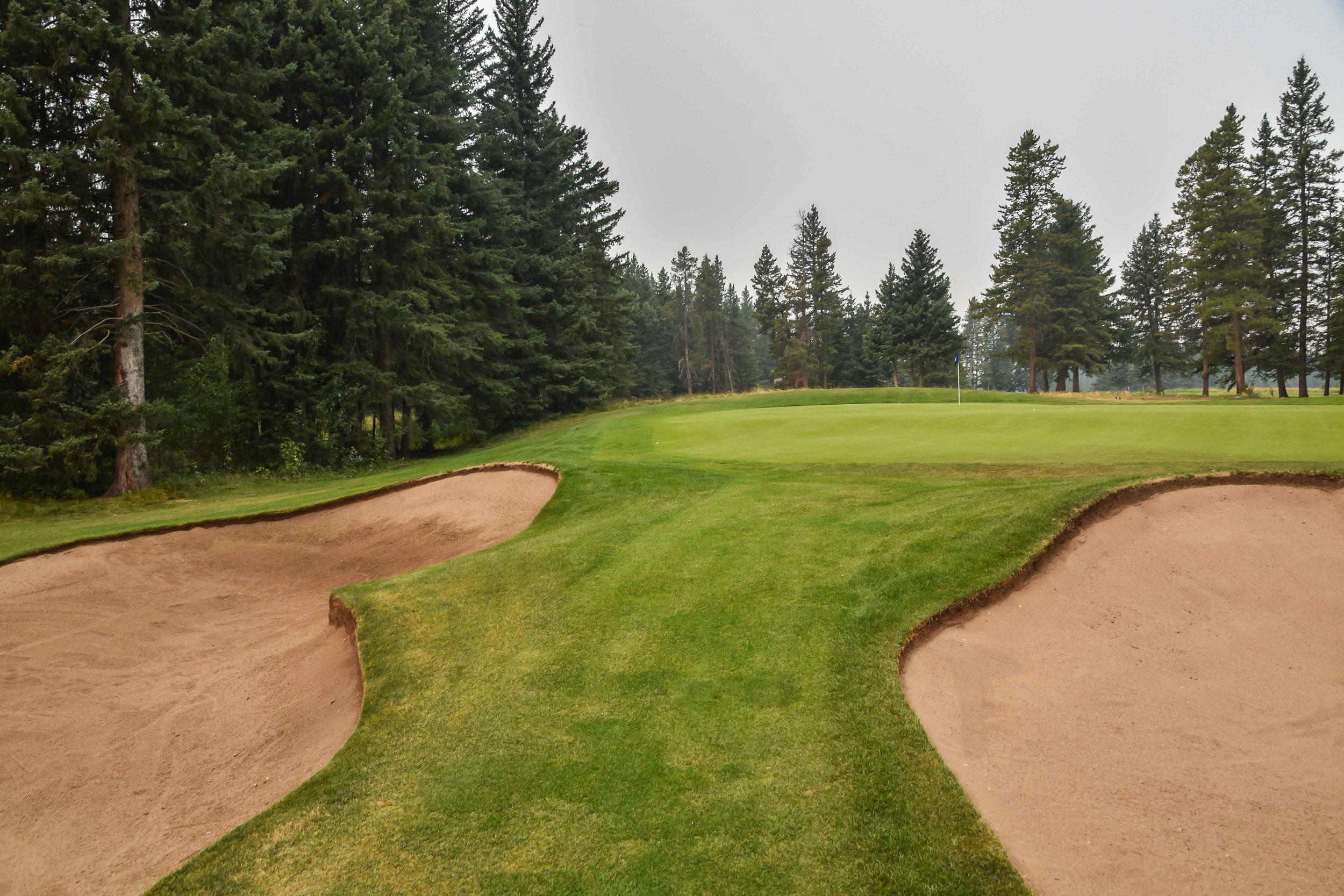 Canmor Golf & Curling1-57.jpg