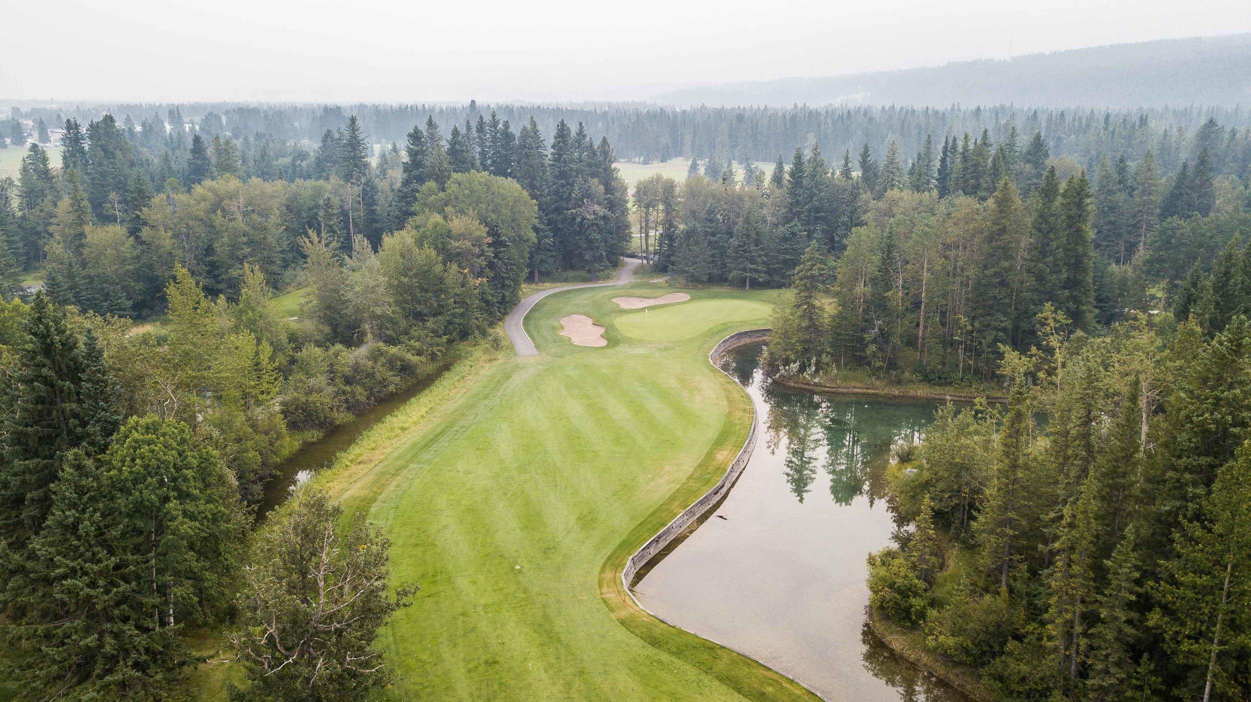 Canmor Golf & Curling1-14.jpg