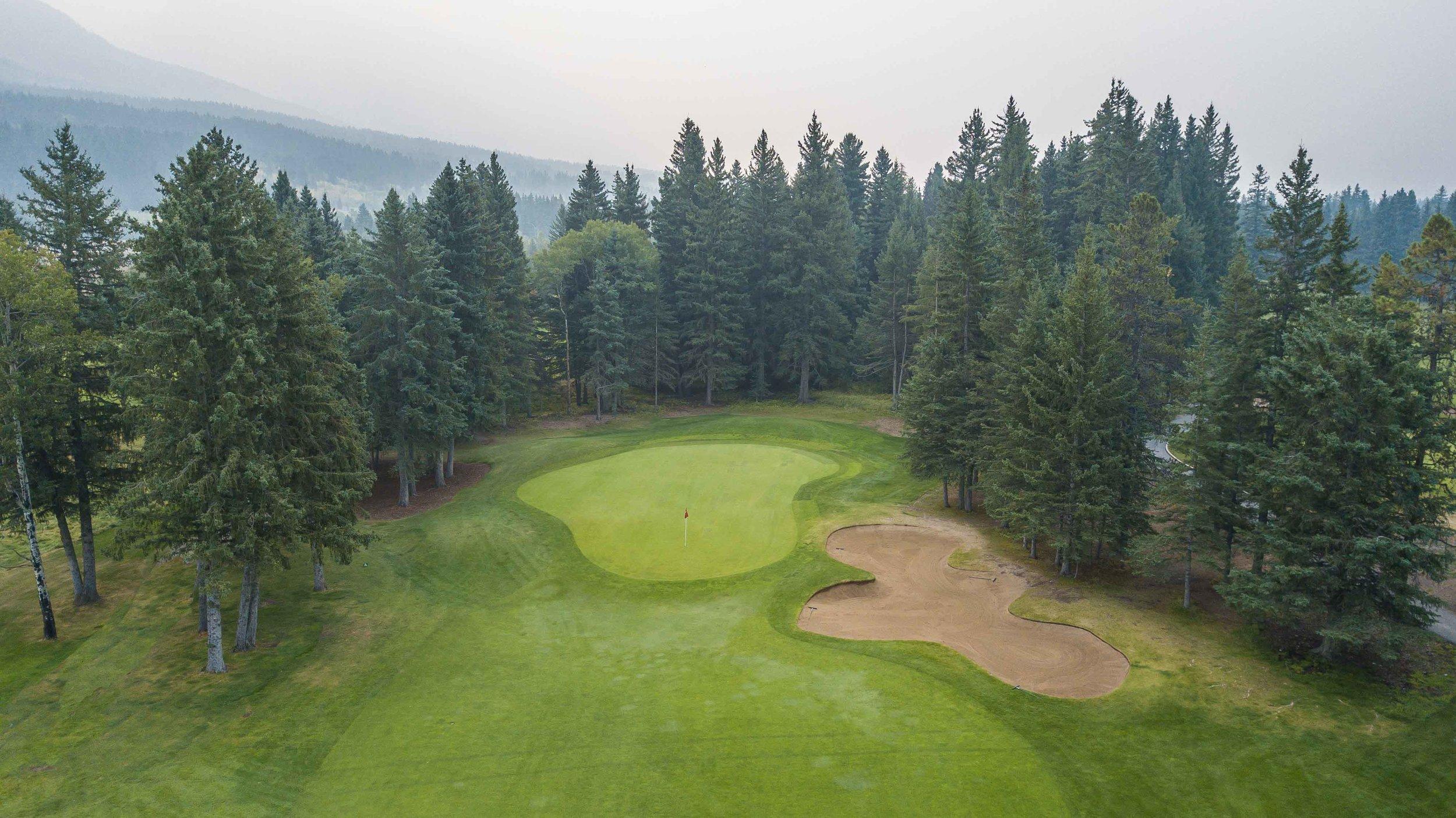 Canmor Golf & Curling1-4.jpg