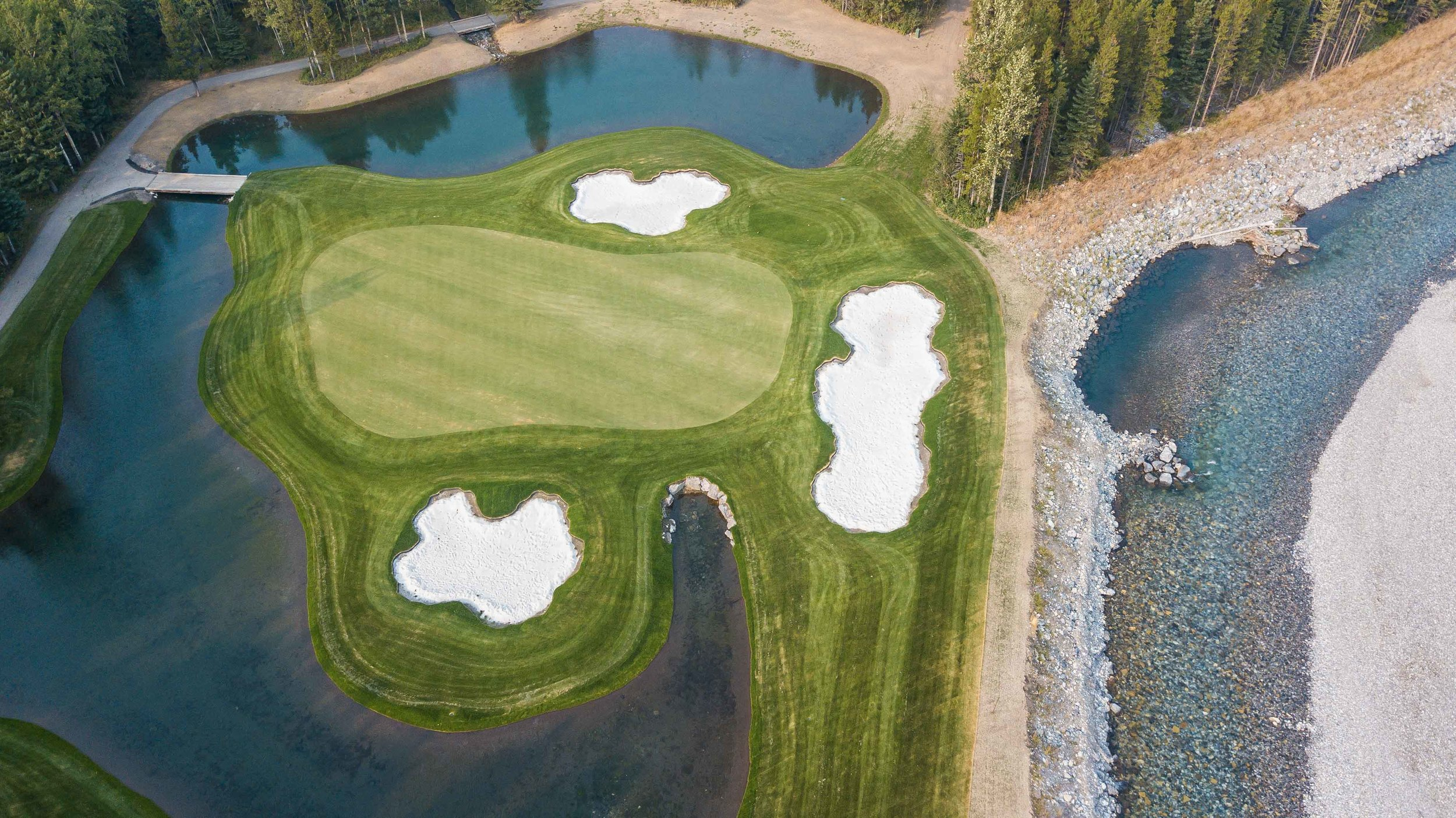 The Mt Kidd 18 will open with 9 holes available in the beginning of 2018