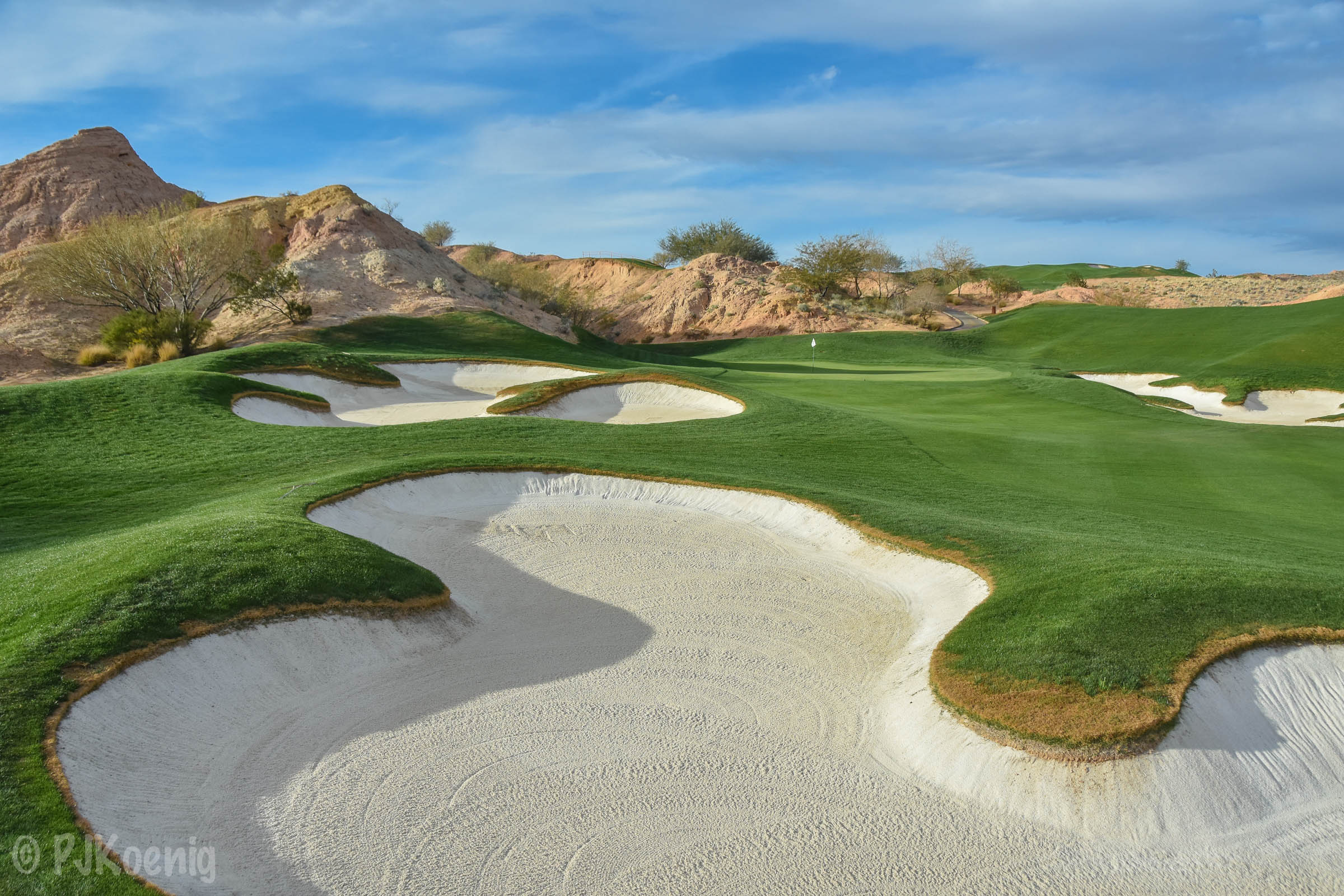 Along with  Tobacco Road ,  Wolf Creek  is easily one of the most fun golf courses in America that you can play.