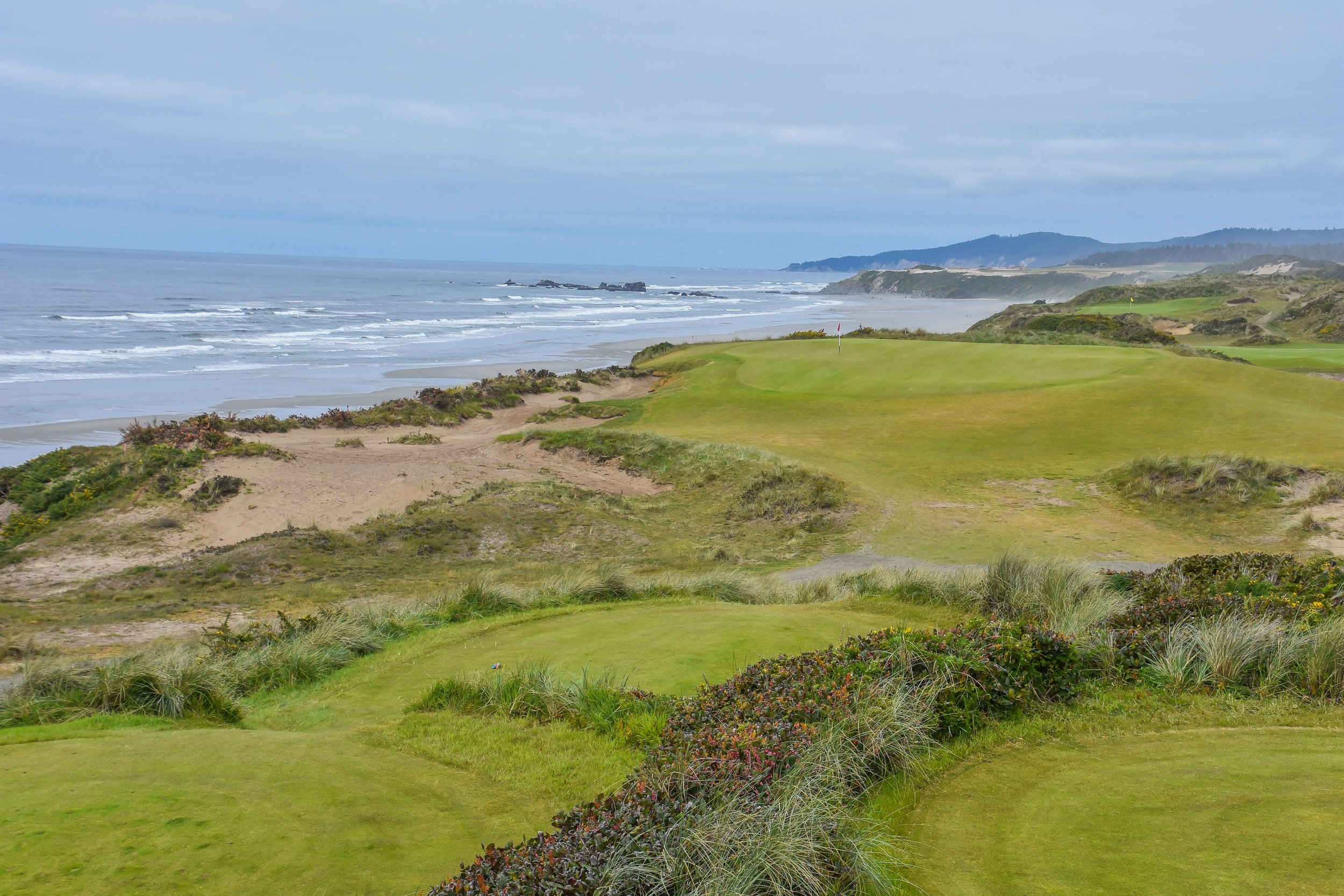 The view looking towards the green on the 6th tee box at Bandon Dunes.