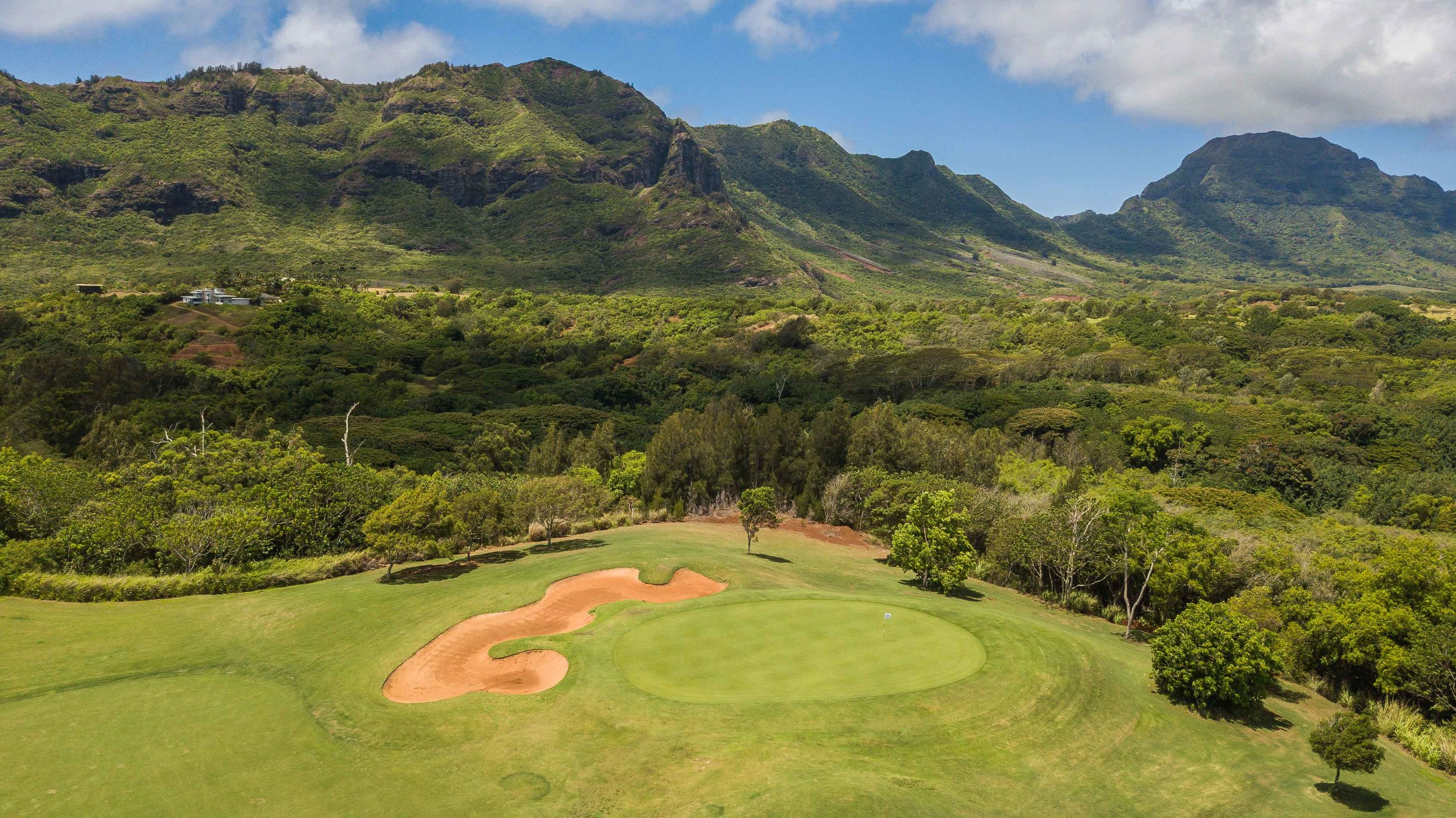 Puakea really digs into the tropics on the back nine.