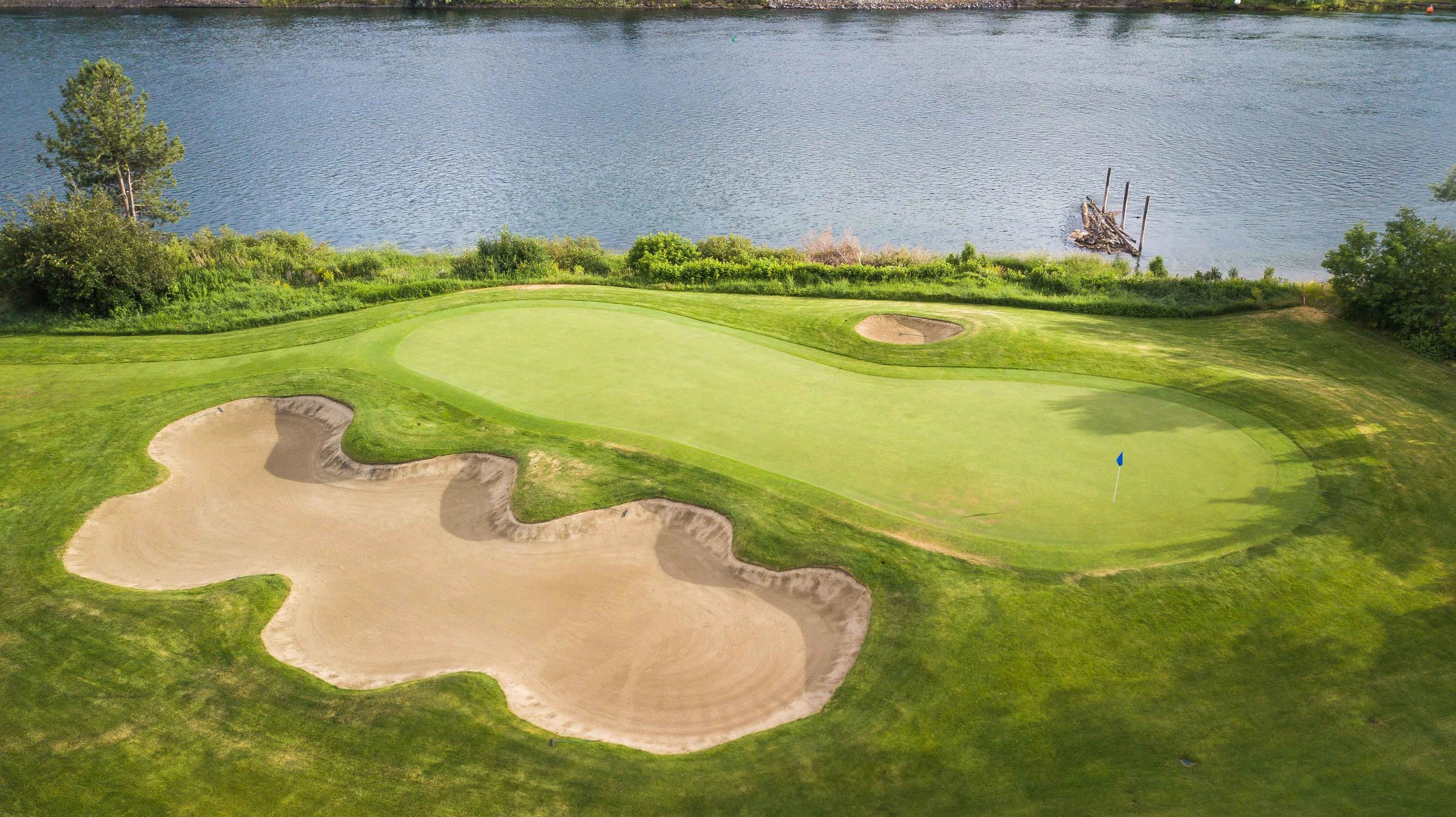 The finishing hole at Rivershore