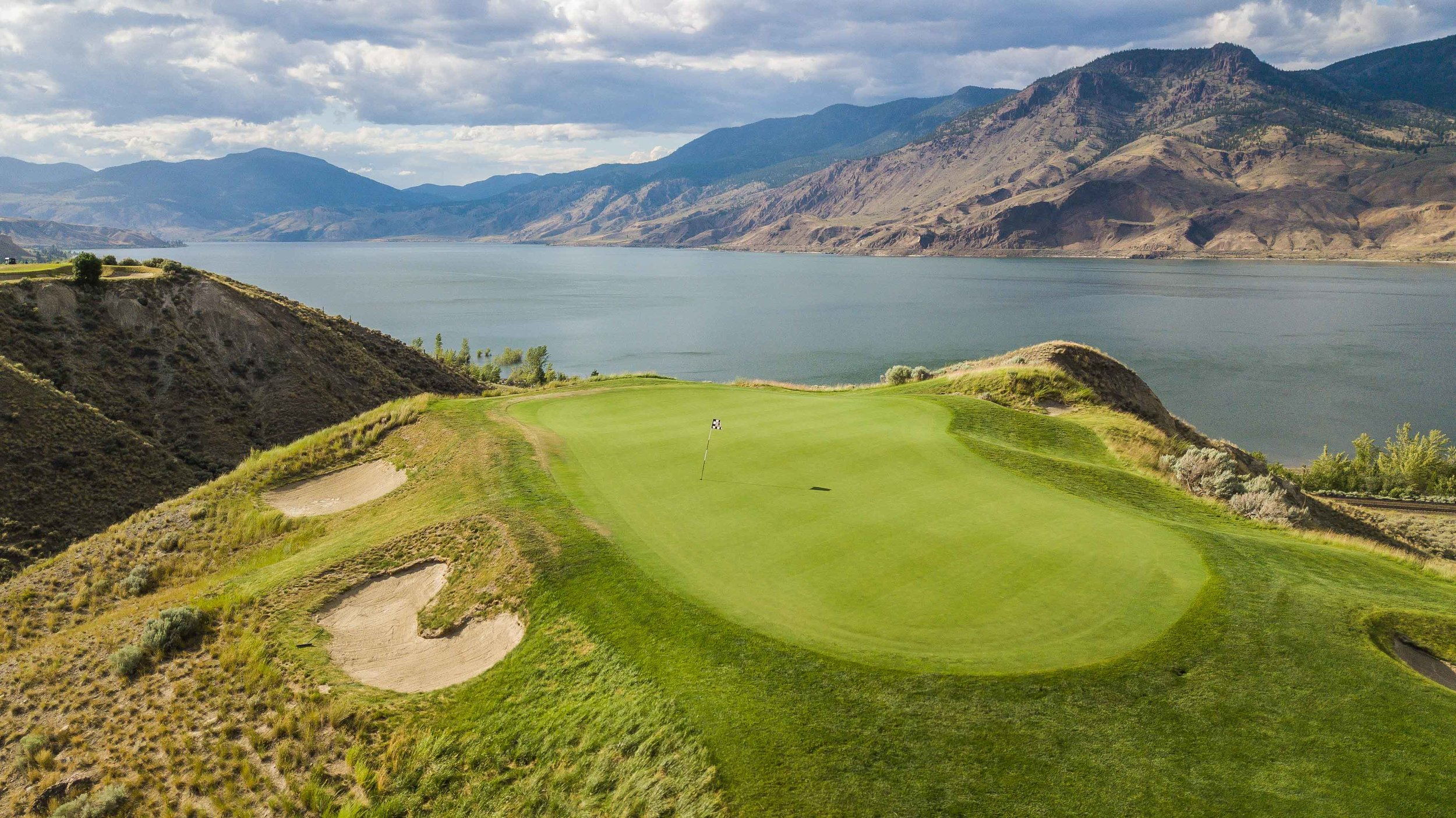 The 7th hole at Tobiano is a signature par 3.