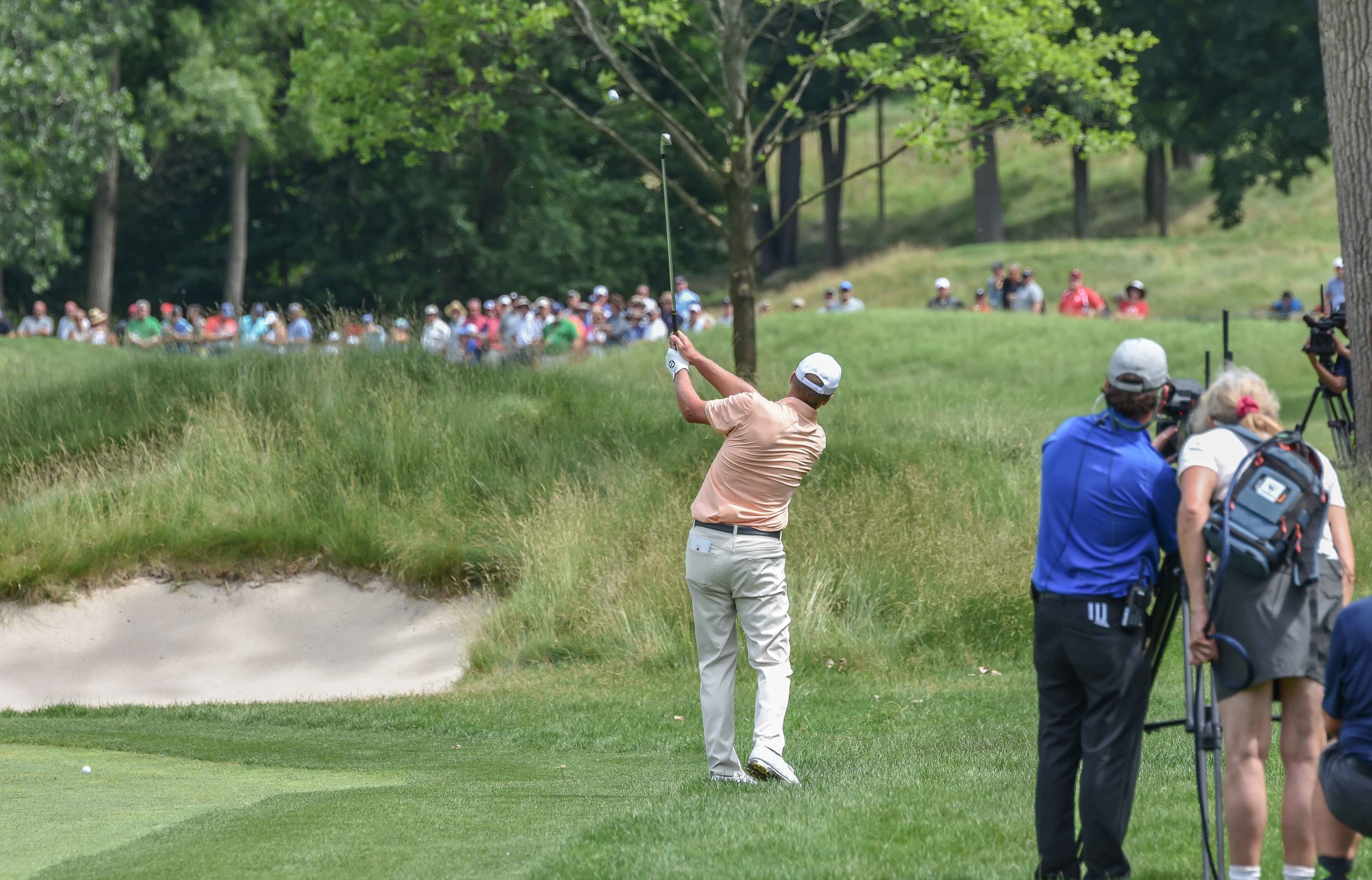 Steve Stricker plays his shot into the 3rd hole.