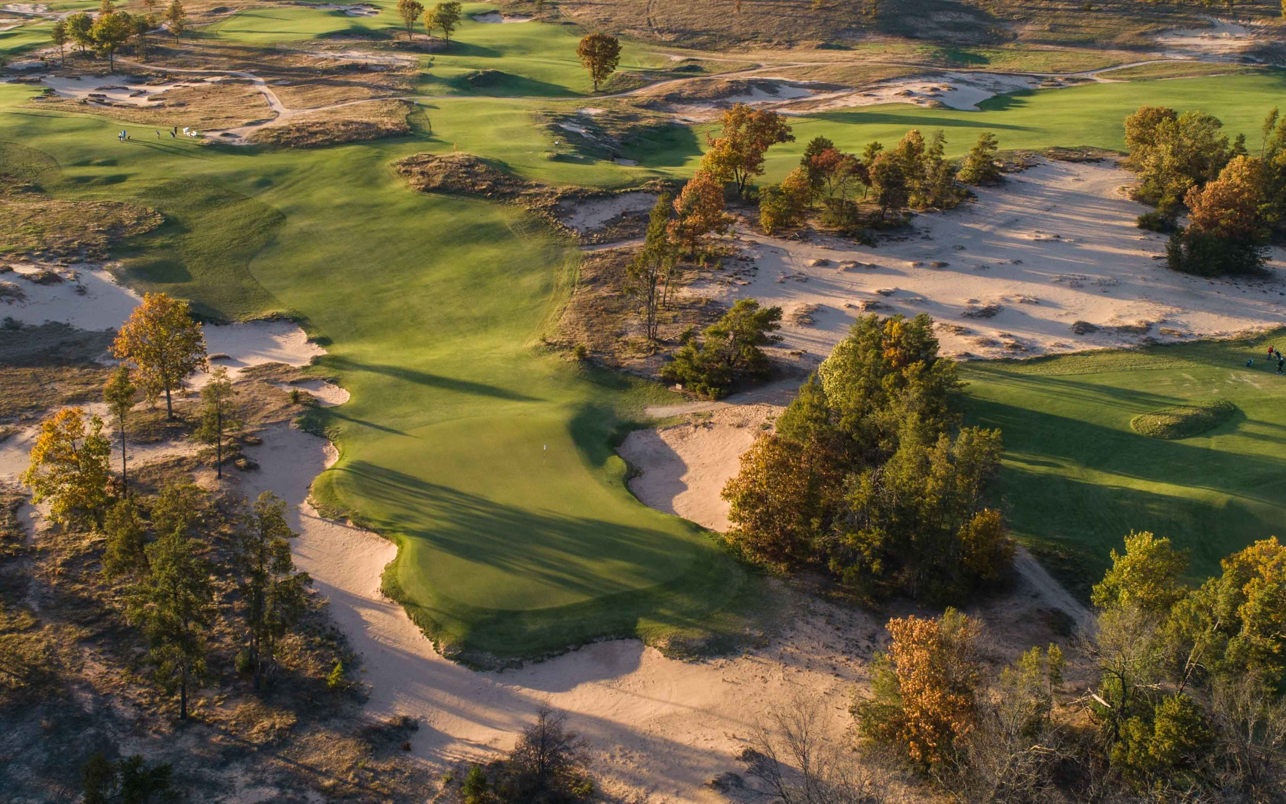 Coore and Crenshaw's Sand Valley