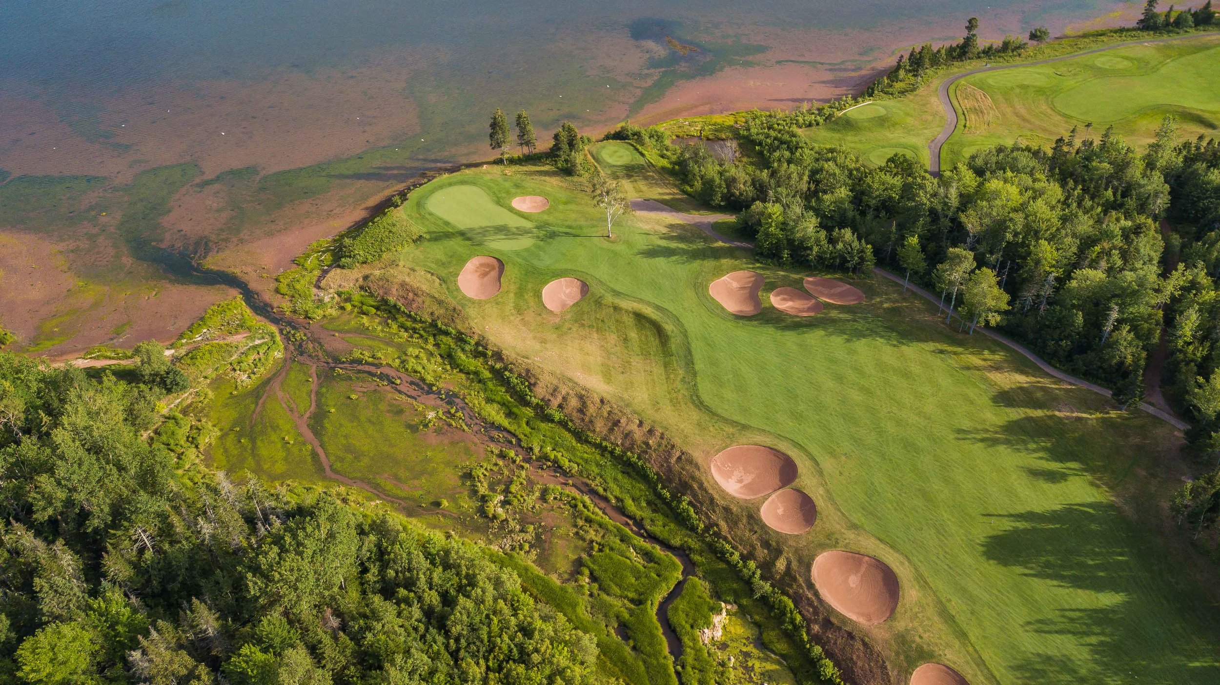 The signature hole on the Dundarave course is a short yet challenging par 4.