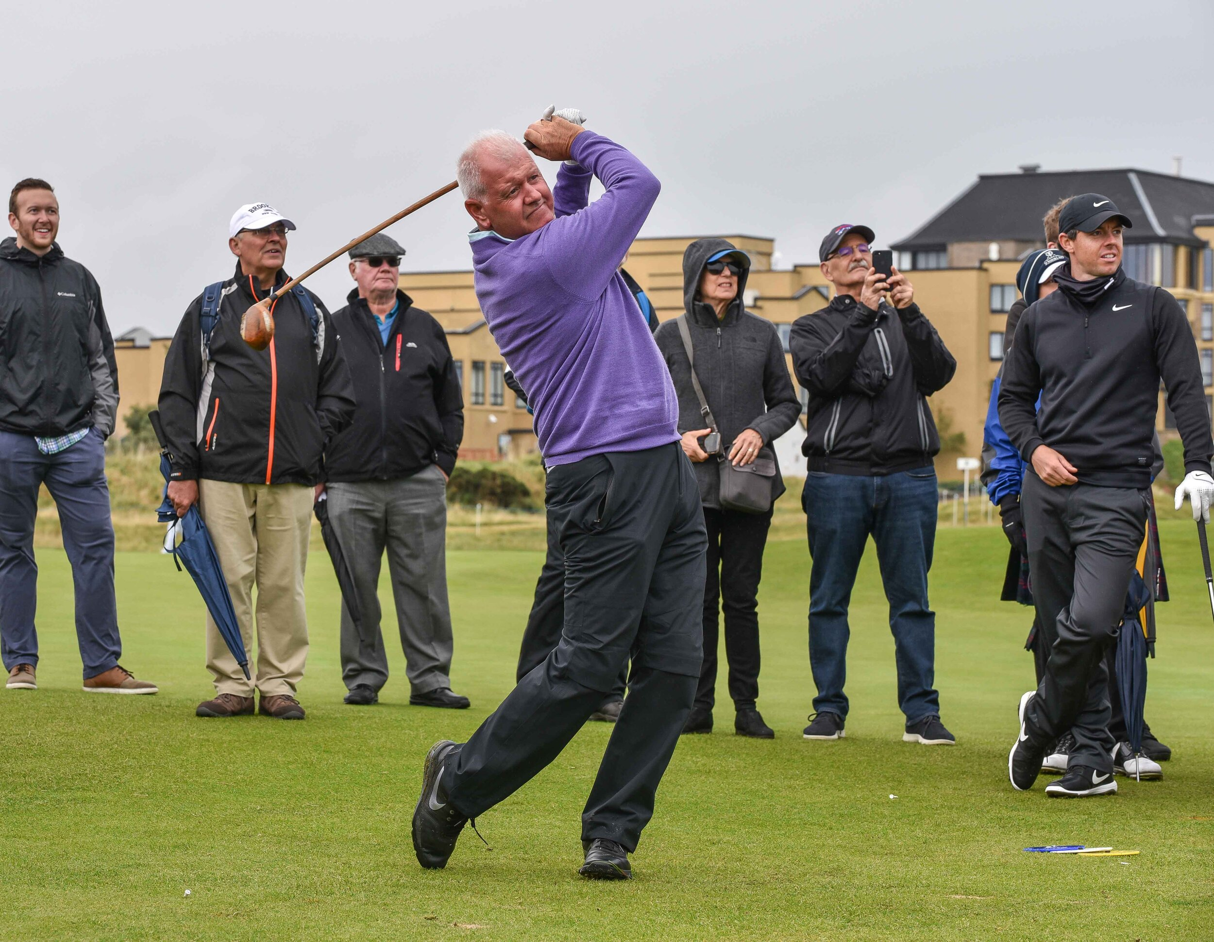 Gerry McIlroy hammers a hickory driver on the 18th hole at St Andrews. The Dunhill folks set out some of the old school clubs for the pros to try.