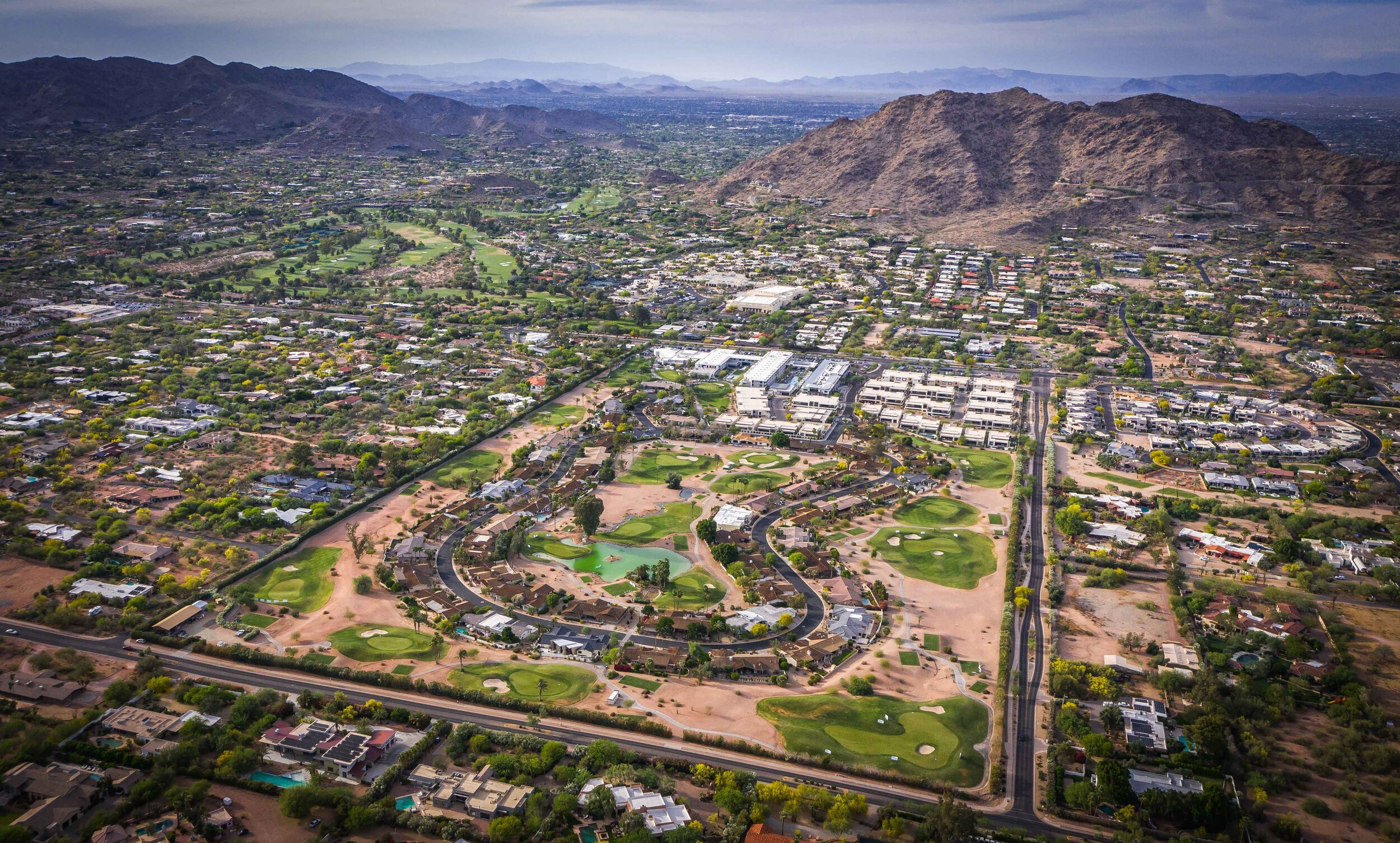 Mountain Shadows resort is cleverly situated in the shadows of Camelback Mountain with 18 fun and glorious par 3's awaiting golfers.