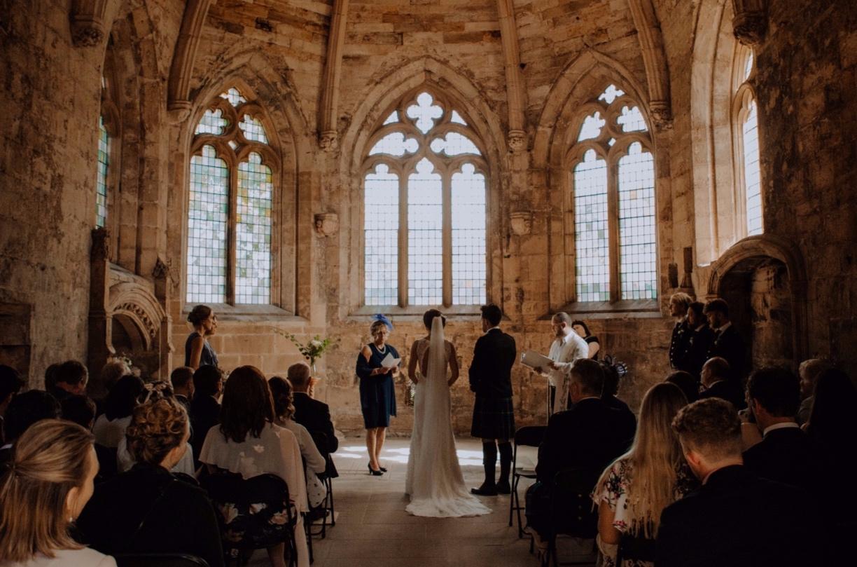 CHURH RUIN WEDDING NEAR EDINBURGH