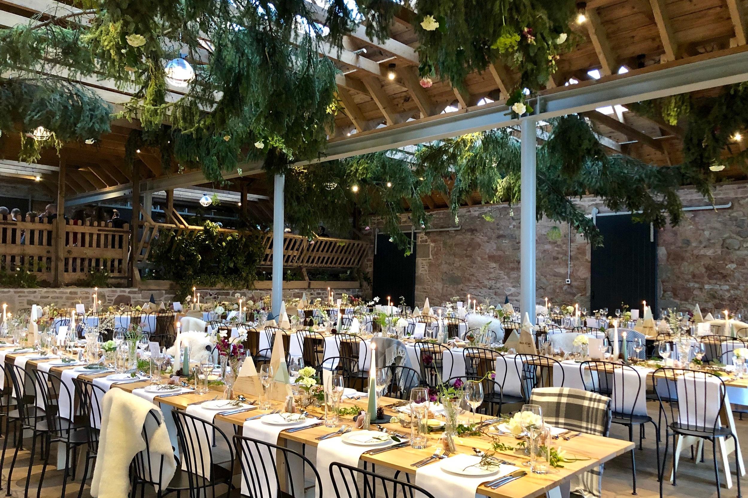 Chic woodland Barn wedding