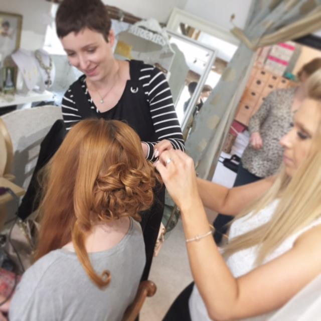 Omie & Natasha st work on Ashleigh!
