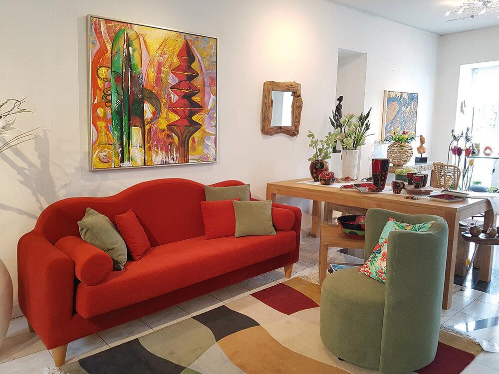 20190328_152138 Art CLub Sofa.jpg
