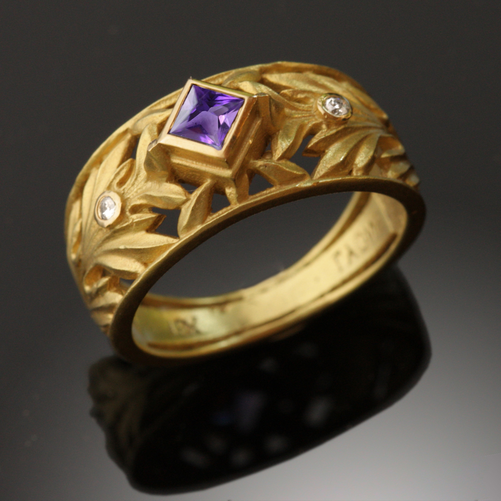 Acanthus Ring, 10mm wide