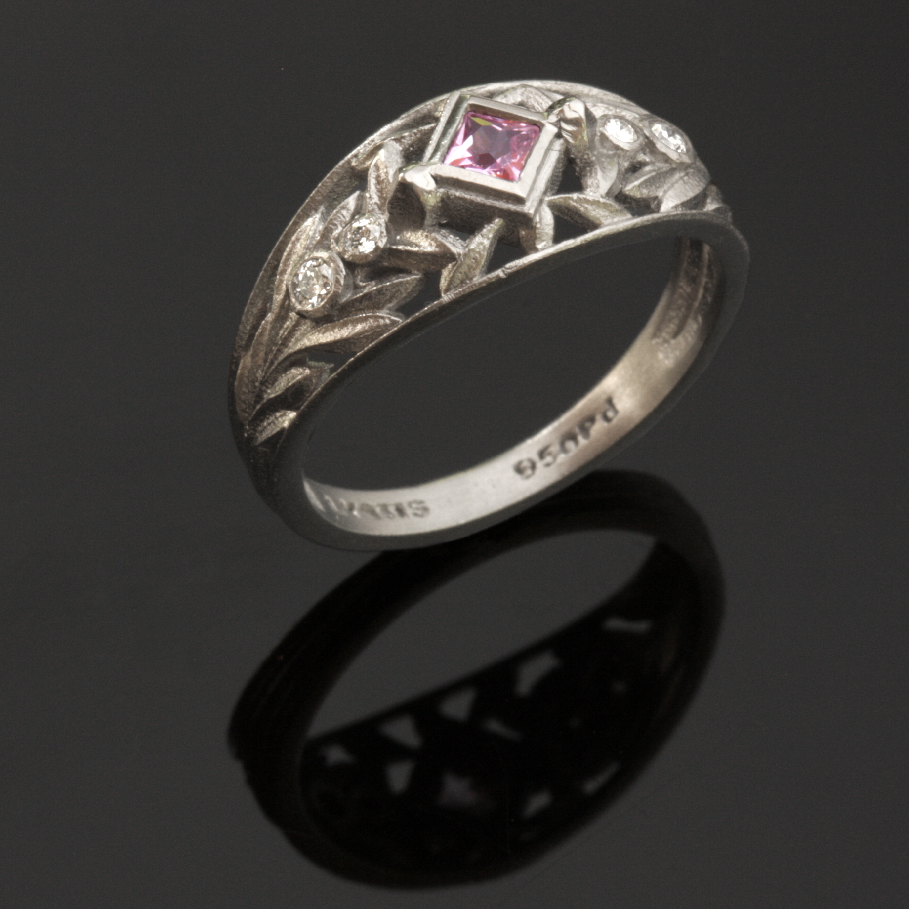 Acanthus Ring, 7mm wide