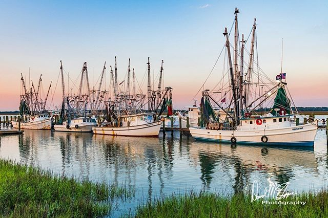 Been over a year since I visited these boats with a camera in my hands. Made for an early start, but it was worth the drive! . . . . #shrimpboat #sunrise