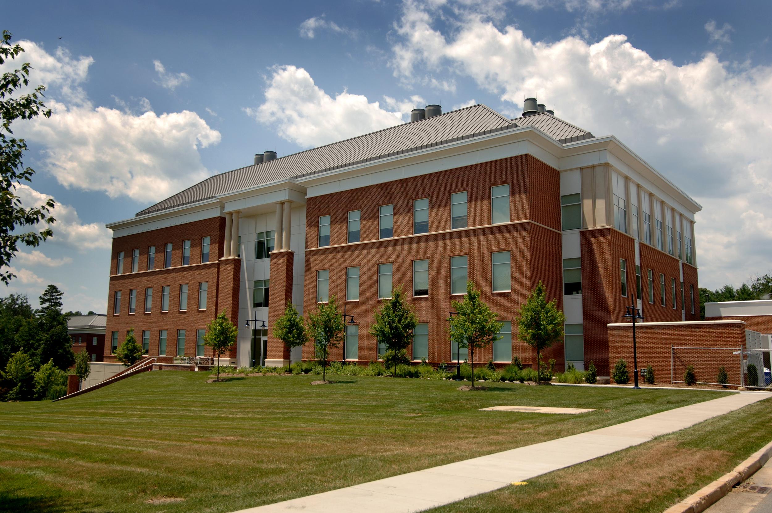 UVa Advanced Research & Technology Exterior