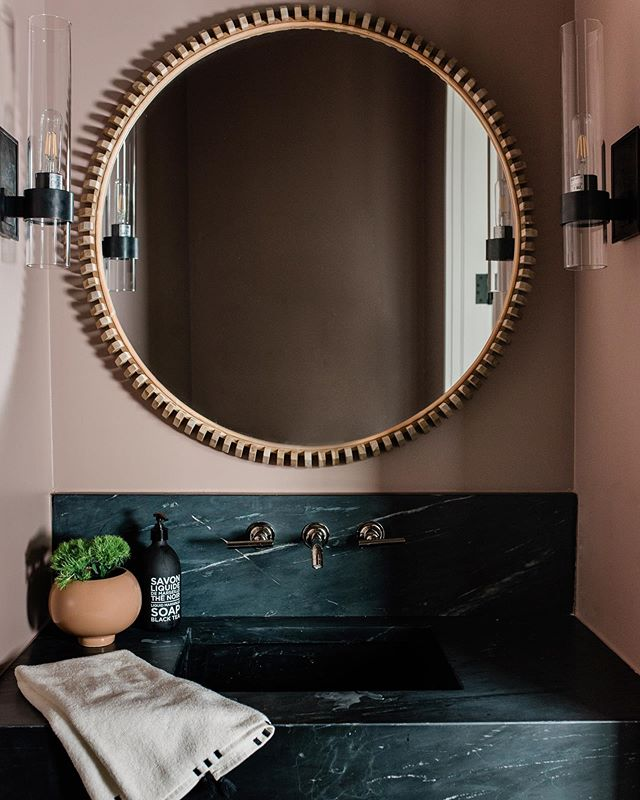 I always go back and forth on my favorite rooms to design in a home, but powder rooms never leave the top of the list. These amazing clients trusted me with this unique wall color, and the whole space turned out just how I envisioned! (Photography: @andreakinnearphotography builder: @johncarlowens) . #interiordesign #charlestoninteriors #charlestoninteriordesign #charlestoninteriordesigner #amesinteriorsfeature #cljsquad #soapstone #interiorinspiration #kohler #interiordesigner #moderndesign #modernhome #myhousebeautiful #interiorinspo  #interiormakeover #interiordecorator #interiorlovers #beccajonesinteriors #interior123 #powderroomdesign #powderbathgoals #smmakelifebeautiful #bathroominspo #bathroomdesign  #charlestoninteriordesign #homedesign #interiordesignideas