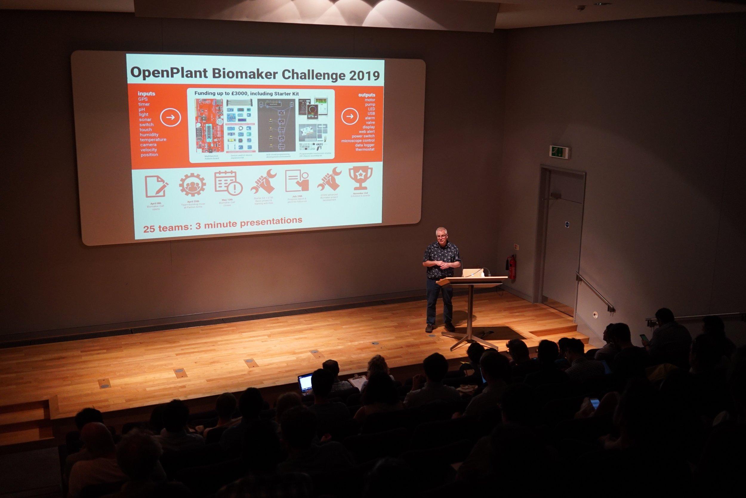 Professor Jim Haselhoff (University of Cambridge) introducing the Biomaker challenge at the 2019 OpenPlant Forum.
