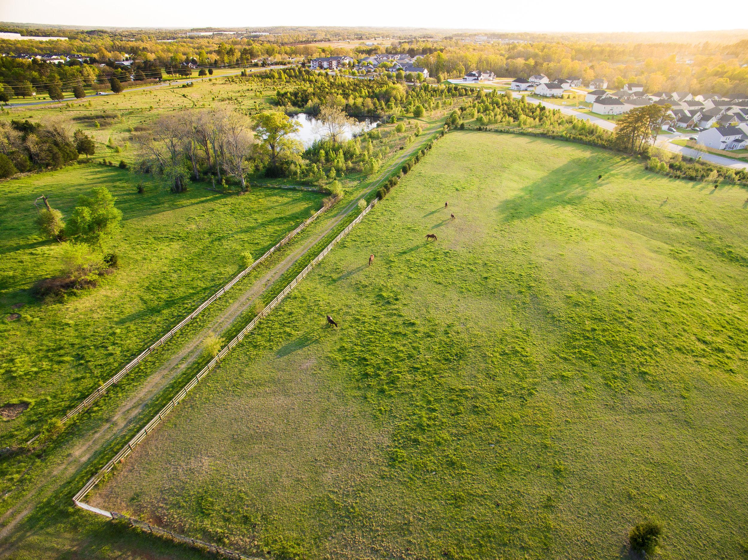 real-estate-photography-drone-photographer-drone-greensboro-nc-triad-211 (1).jpg