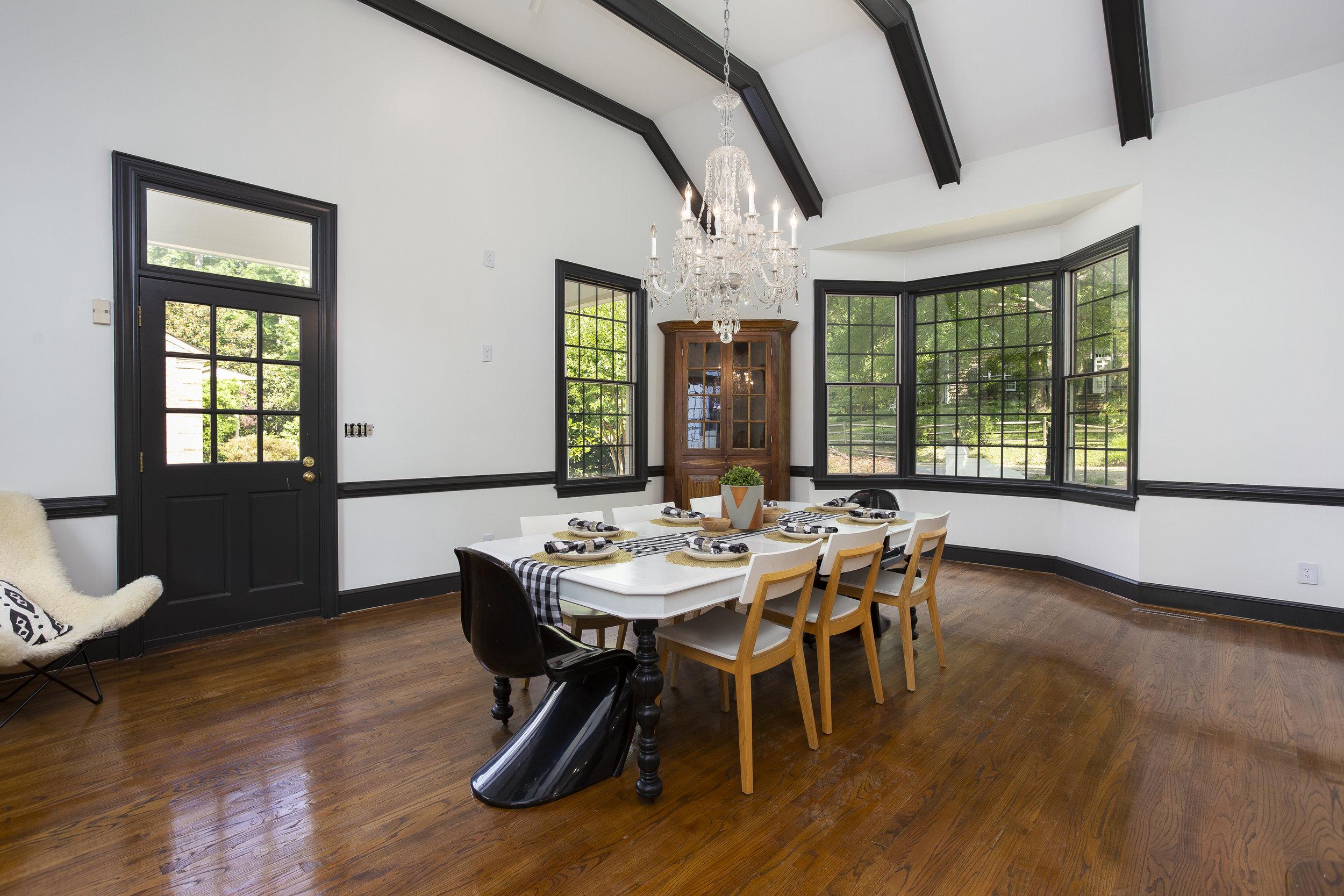 greesboro-real-estate-photographer-photography-commercial-realtor-house-high-point-kernersville-burlington109.jpg