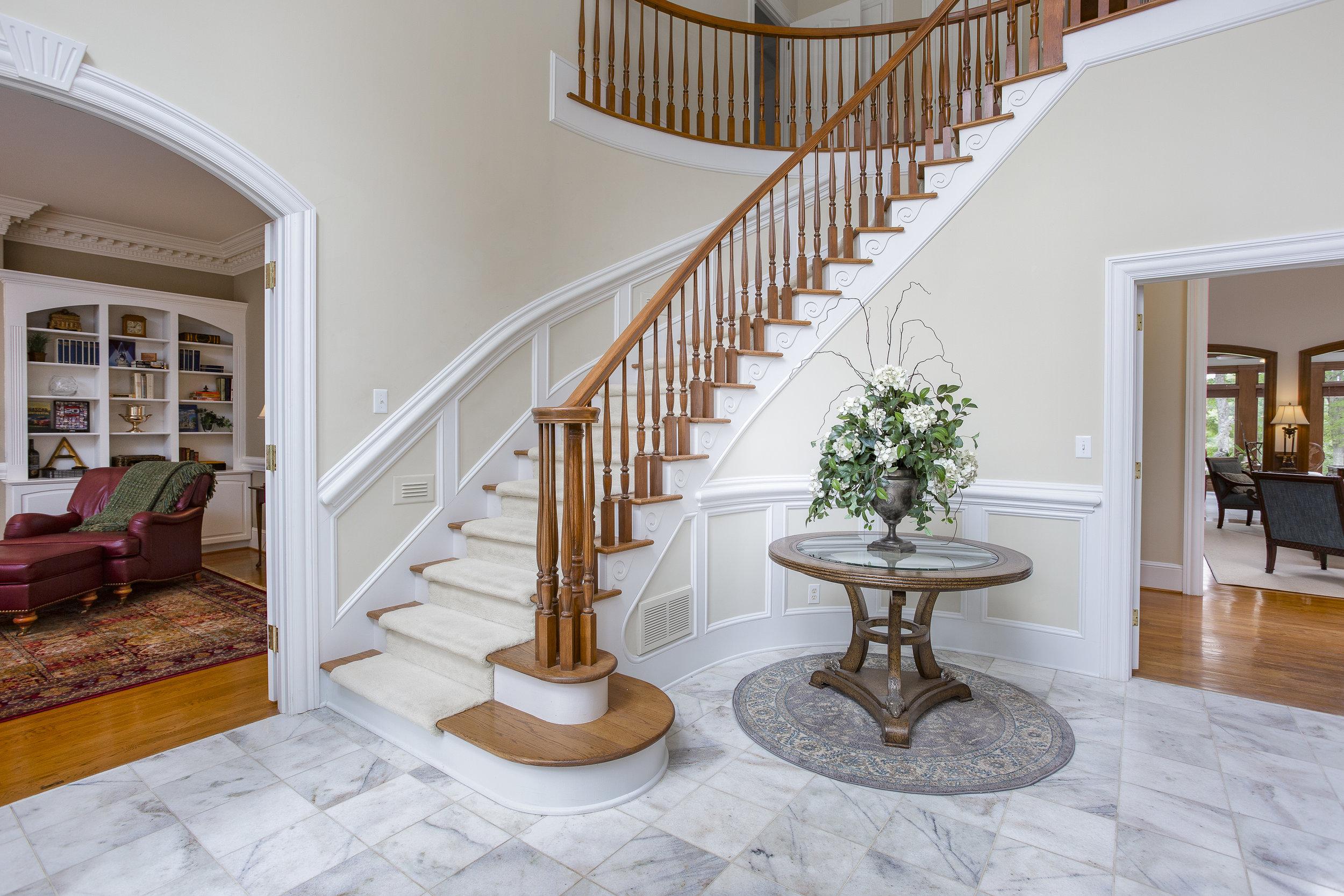 triad-real-estate-photography-drone-aerial-photographer-realtor-high-point-greensboro-kernersville-burlington02.jpg