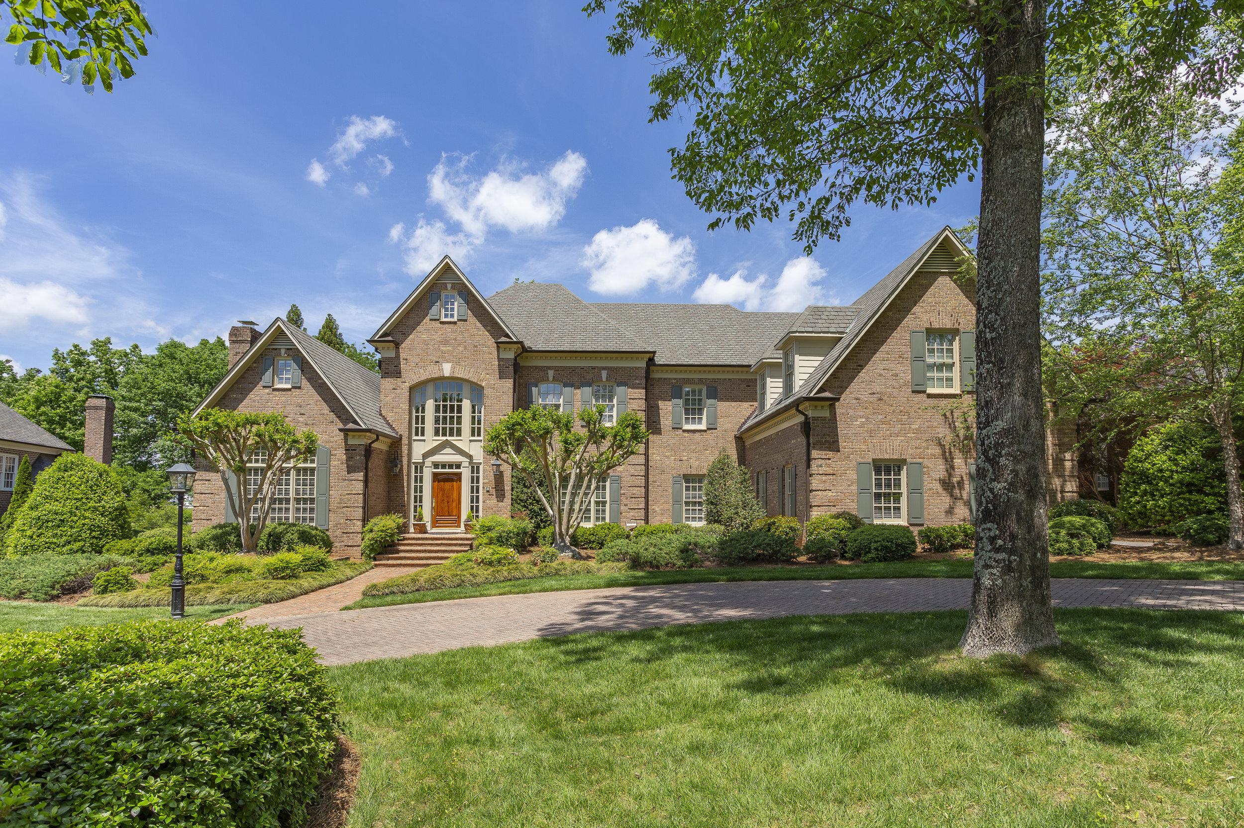 triad-real-estate-photography-drone-aerial-photographer-realtor-high-point-greensboro-kernersville-burlington01.jpg