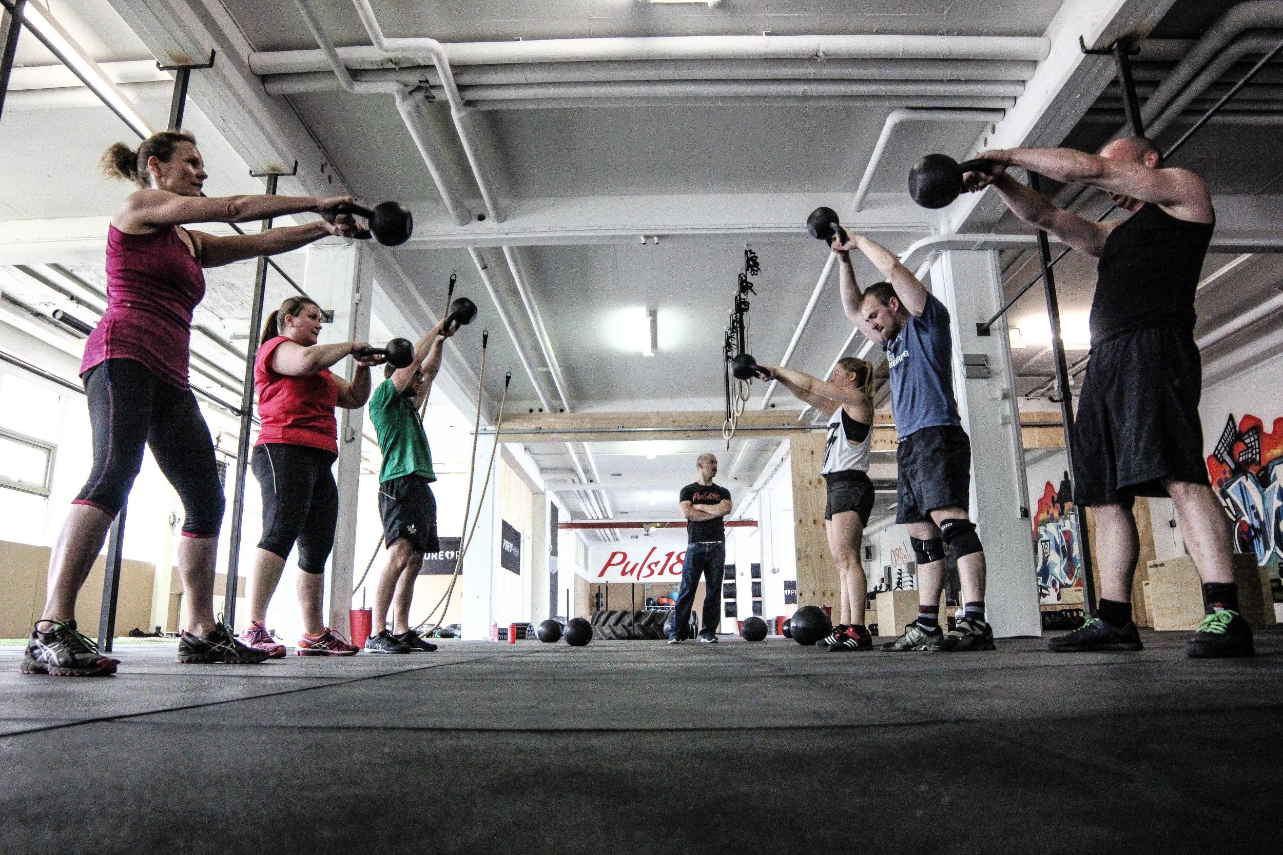 puls180-hold-squat