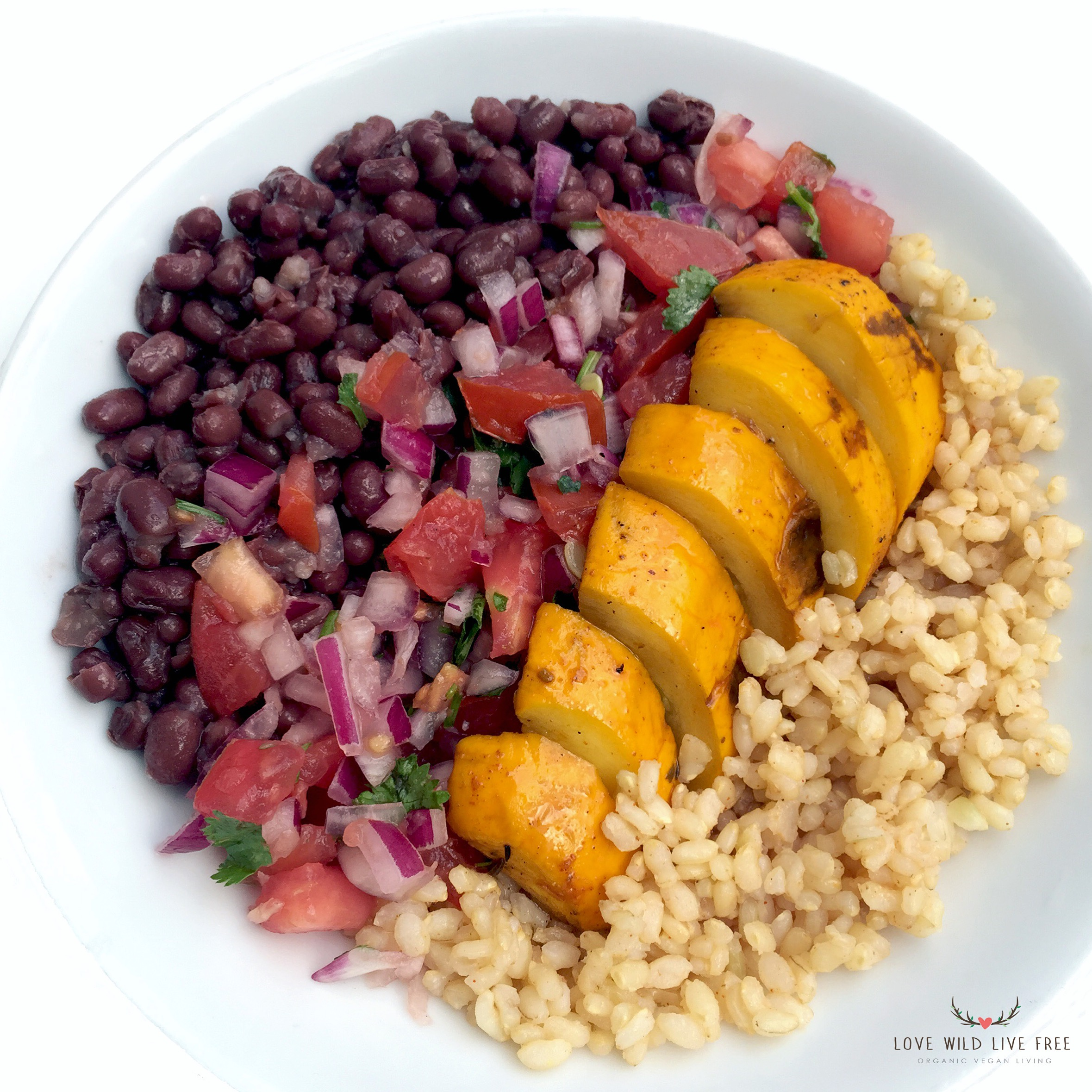 Try this Fresh & Raw Tomato Salsa with your next rice bowl! Pictured above - Adzuki beans, brown rice and grilled yellow zucchini.
