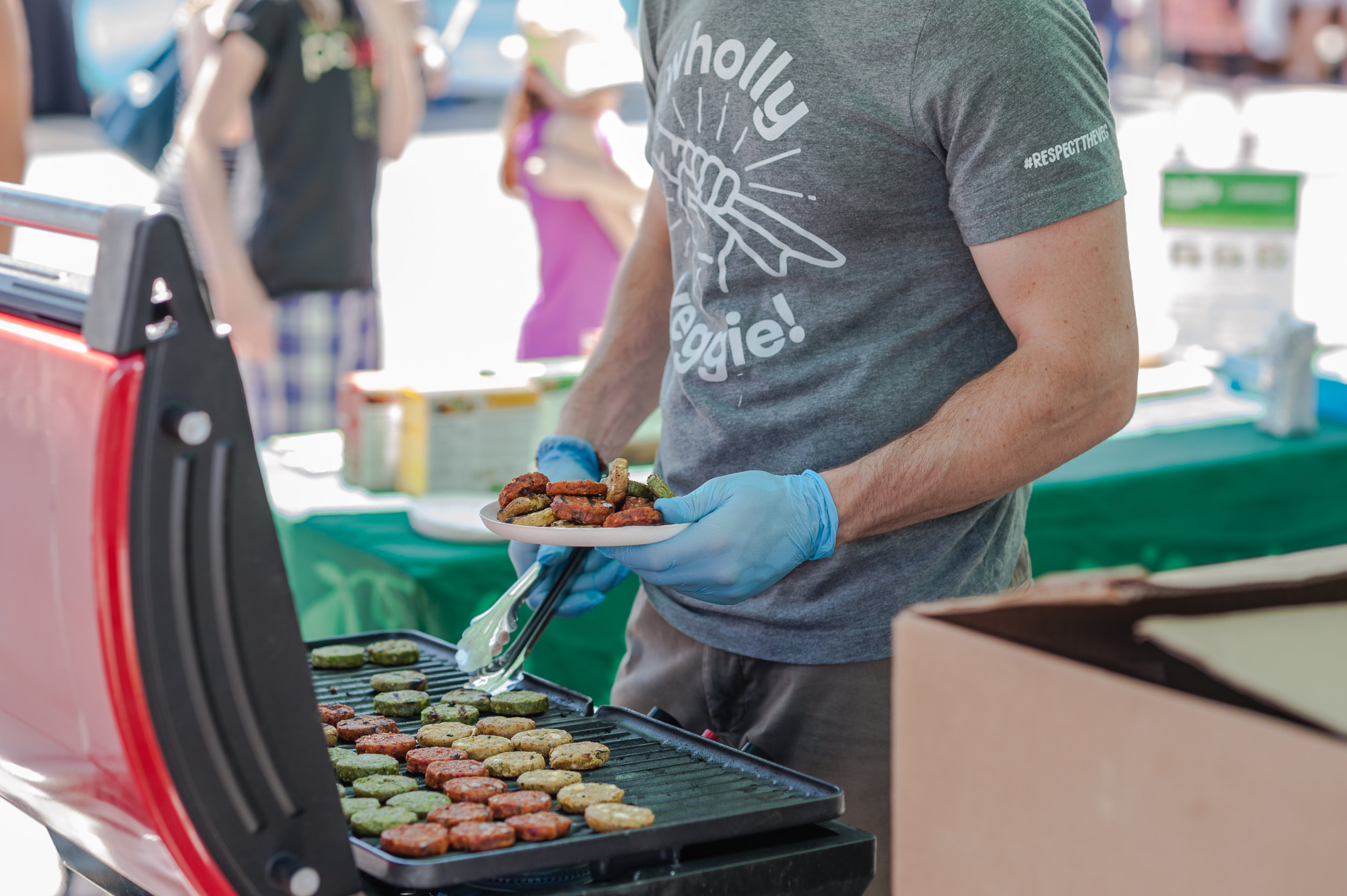 There was no shortage of vegan eats, including complimentary tasting items!  Wholly Veggie  sampled a variety of veggie burgers for guests to enjoy.  Photo by:    LOF Photography   .